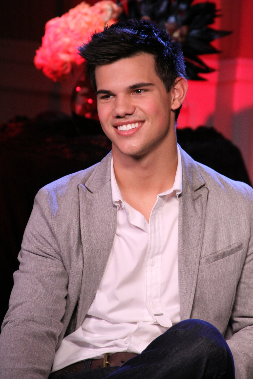 Taylor Lautner On His 'Twilight' Wig: 'I Would Not Want ...