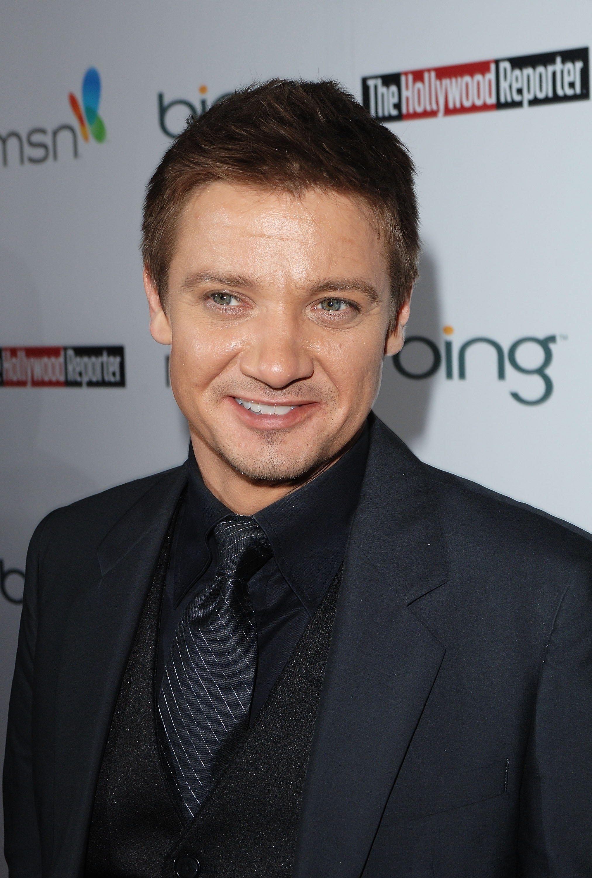 Casting Call: Jeremy Renner Joins Tom Cruise For 'Mission