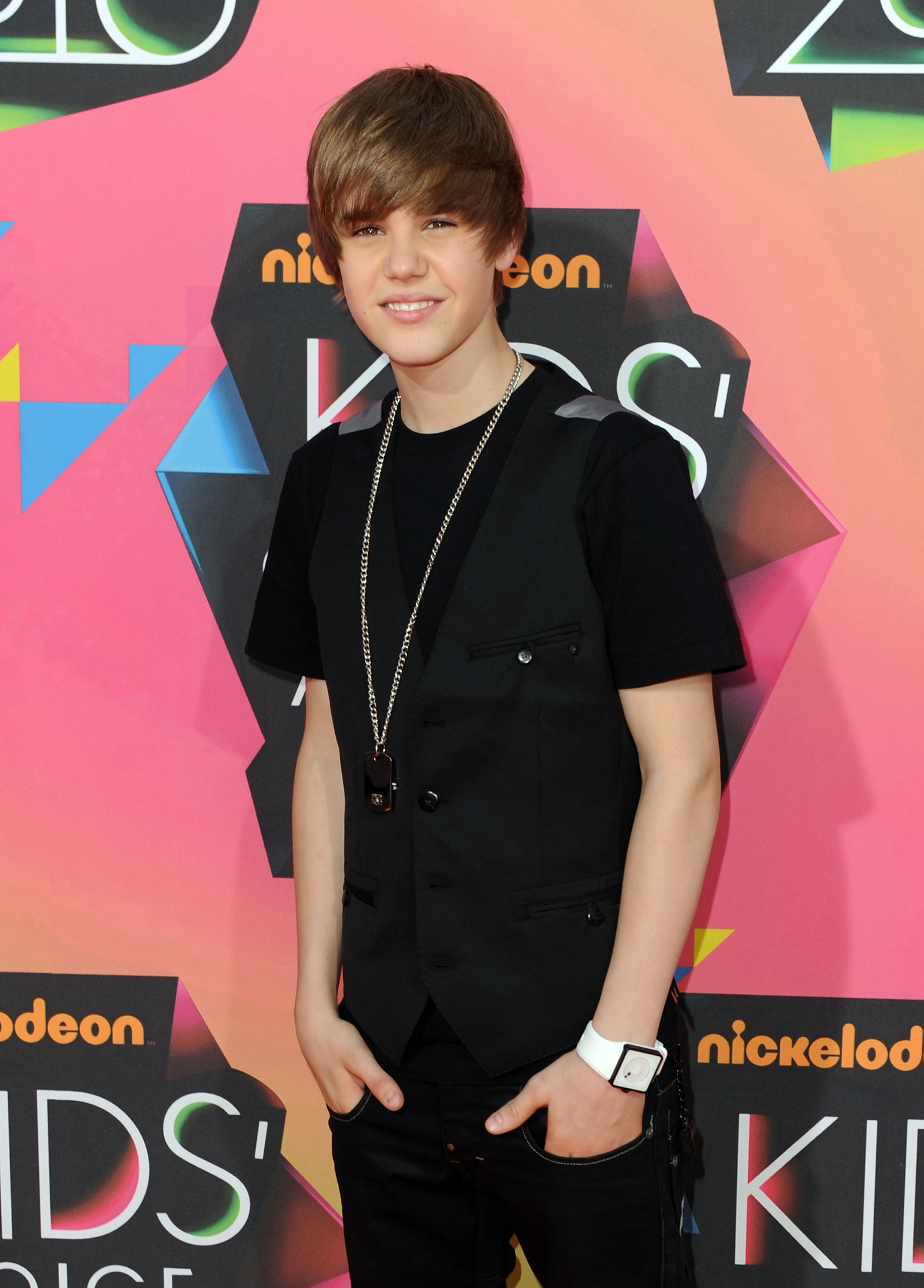 Justin Bieber: The Early Years | Access Online