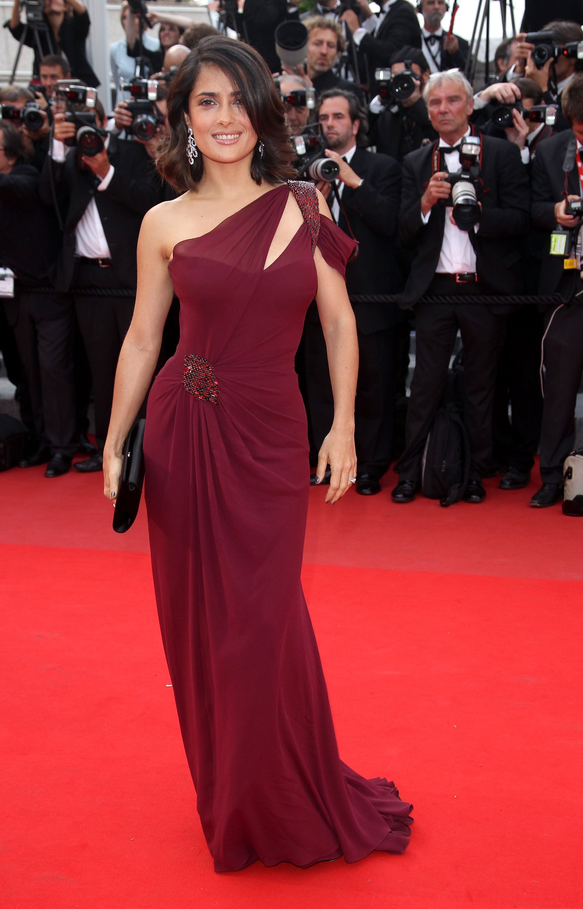 d8760b1c09a Salma Hayek attends the 'Robin Hood' Premiere at the Palais des Festivals  during the
