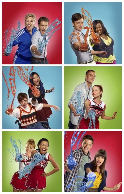 The Cast Of Glee Season 2