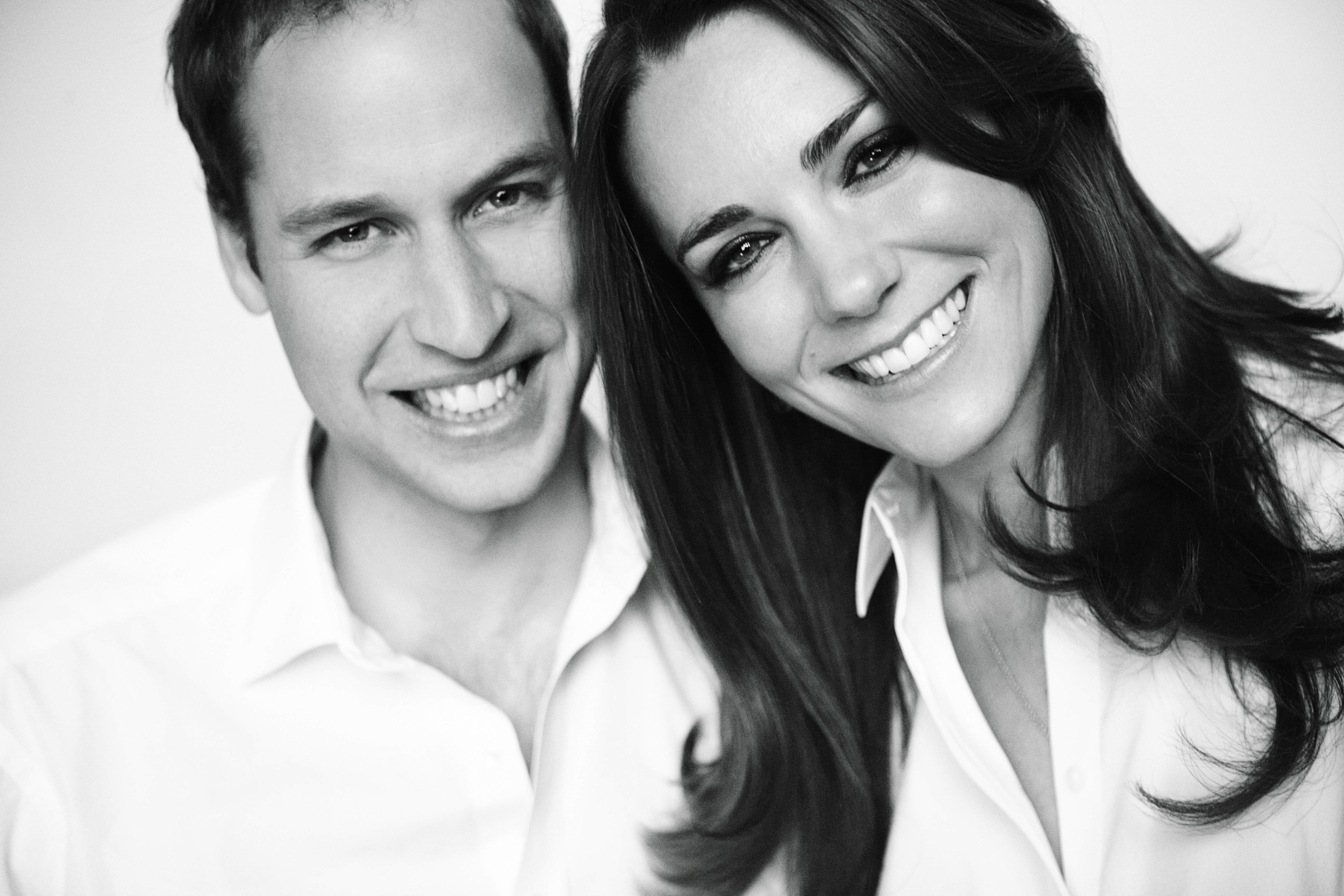 History Unfolds In London Kate And William Ready To Walk Down