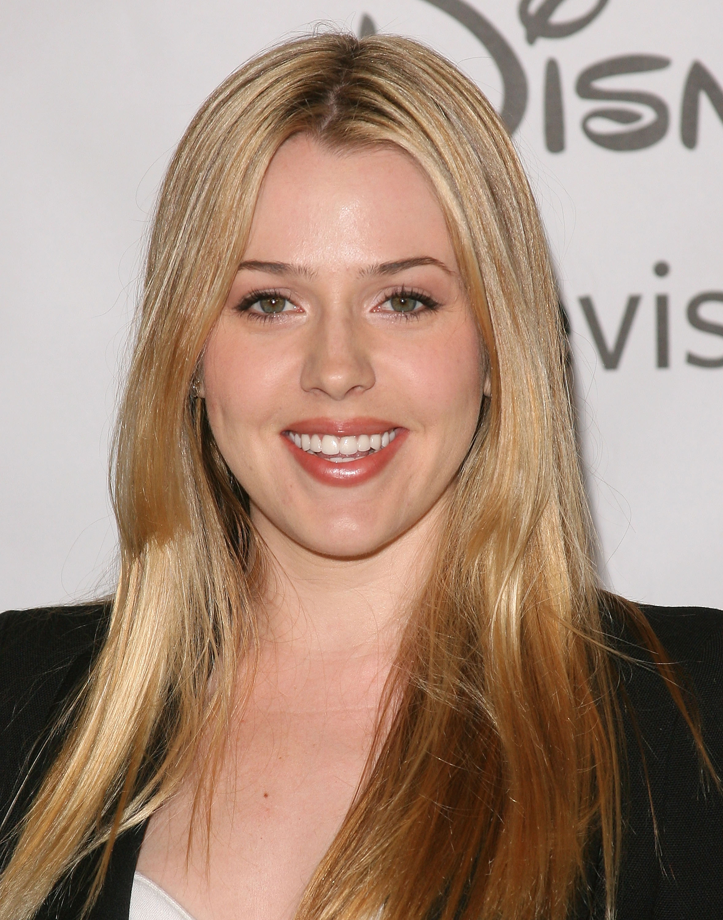 Majandra Delfino the office