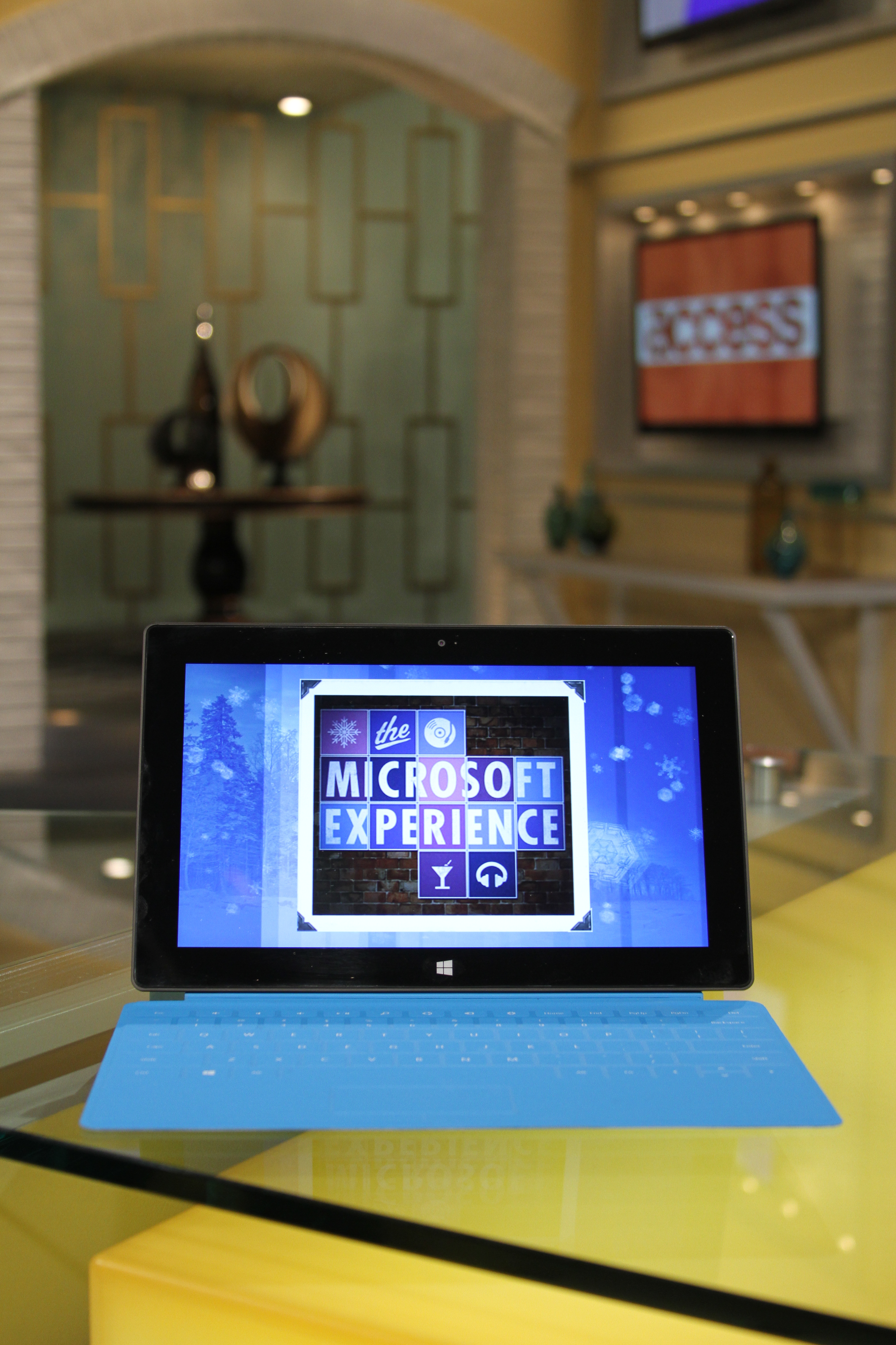 Access & Microsoft Team Up To Celebrate Windows 8 Launch | Access Online