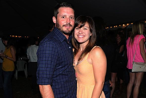Kelly Clarkson Wedding.Kelly Clarkson Reveals Engagement Details Plans For An