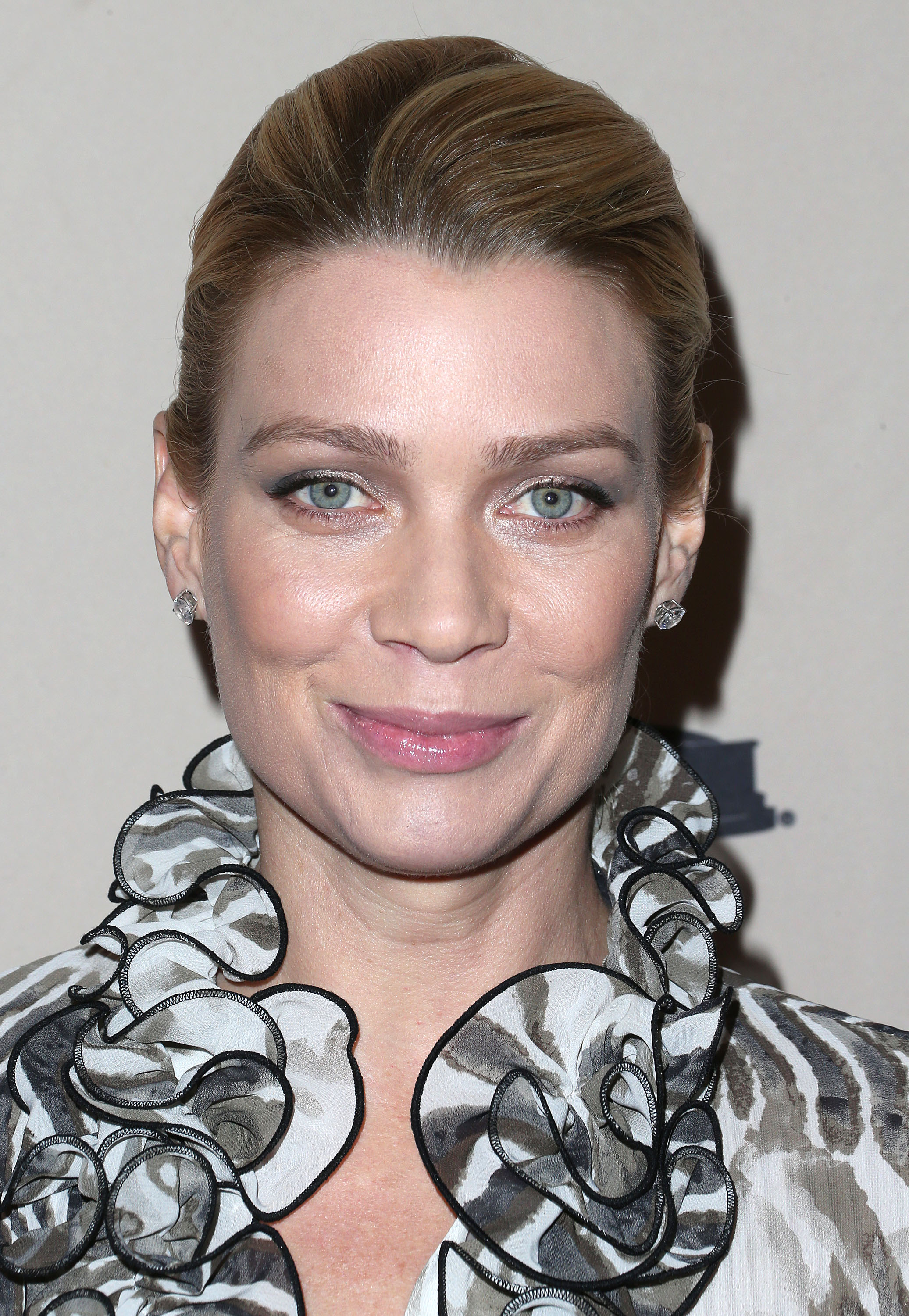 Laurie Holden On The Return Of The Walking Dead & Andrea's