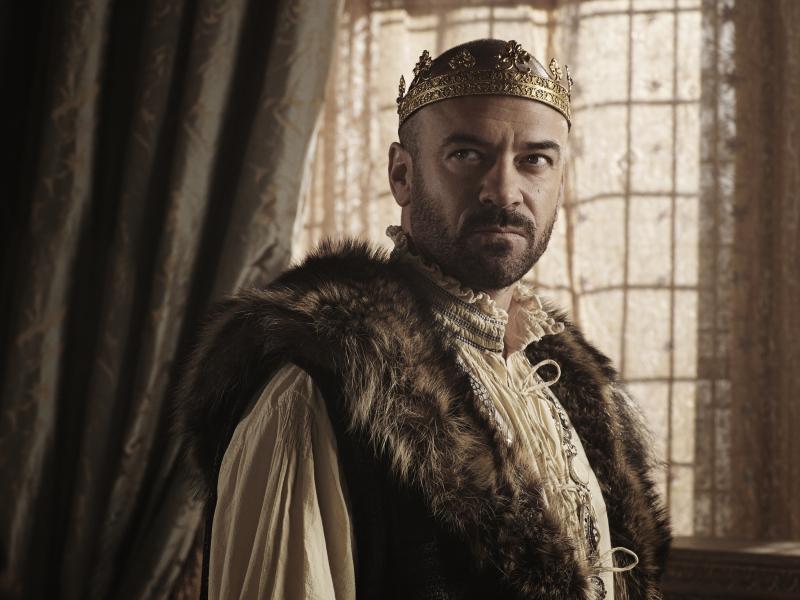 'Reign': Alan Van Sprang Returns As King Henry (Exclusive ...