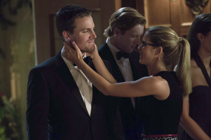 Arrow': The Journey Continues — Scenes From Season 2 | Access Online