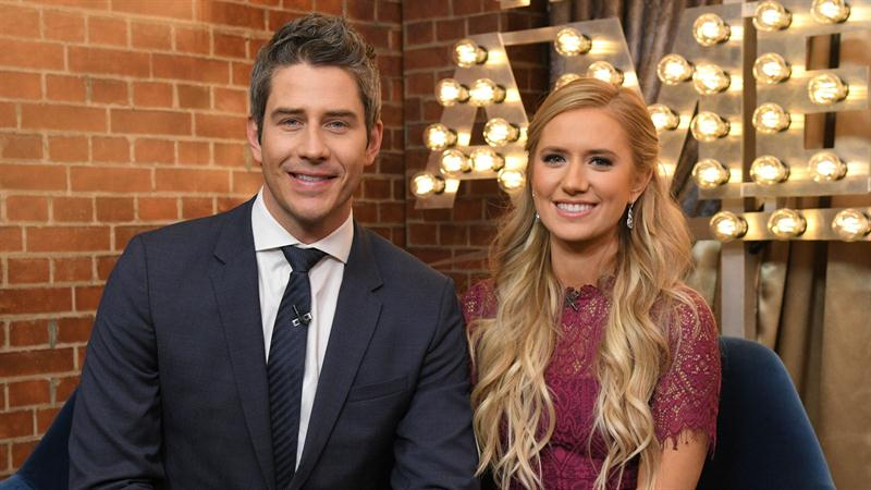Bachelor Arie Luyendyk Jr Gives Minute By Minute Updates On Wife Lauren Burnham S Labor Access
