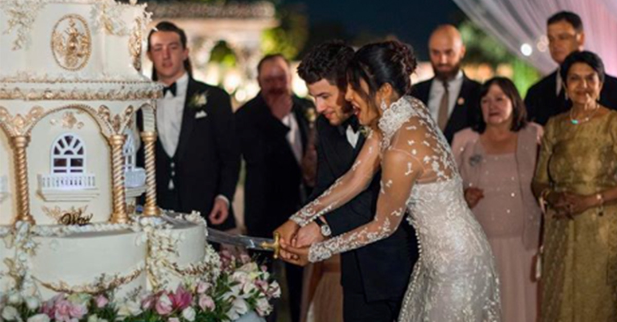 Nick Jonas Priyanka Chopra S Wedding Cake Was Beyond Extravagant