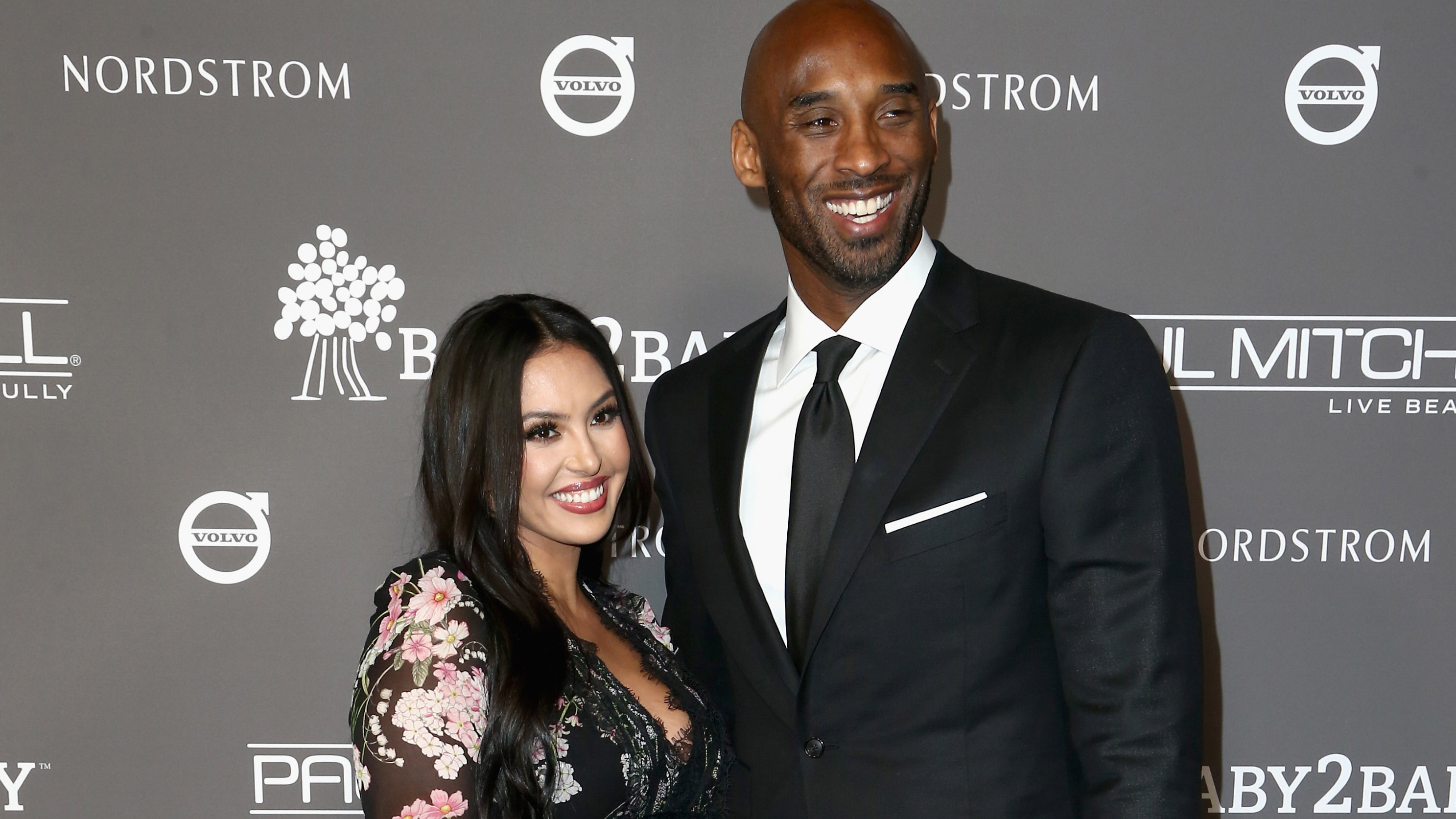 4276979276bd Kobe Bryant And Wife Vanessa Have Baby No. 4 On The Way and It s A ...