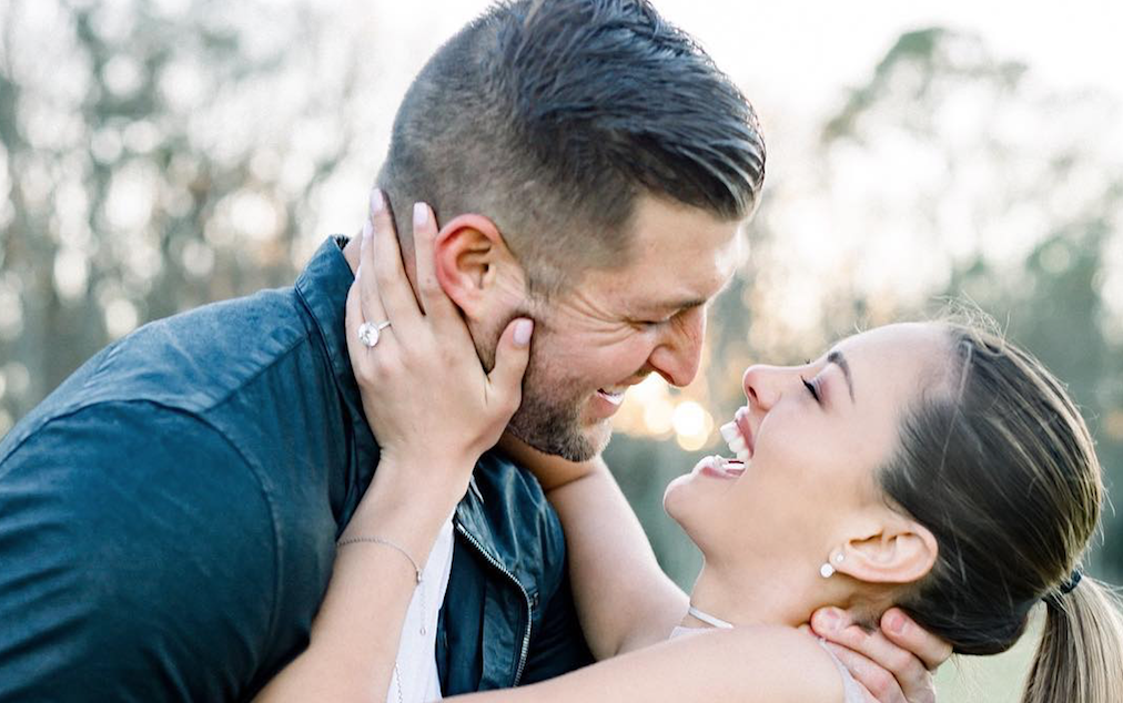 Tim Tebow Is Engaged To Demi Leigh Nel Peters Check Out