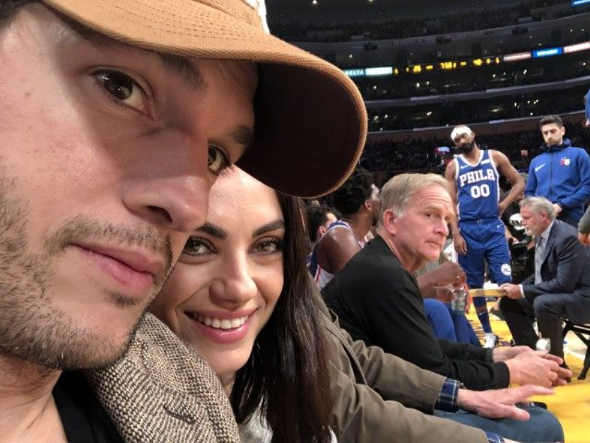 ashton kutcher dating mila nyt dating site i usa