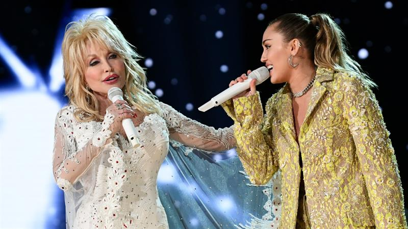 Miley Cyrus, Katy Perry & More Stars Rock The Stage With Dolly Parton At  2019 Grammys | Access