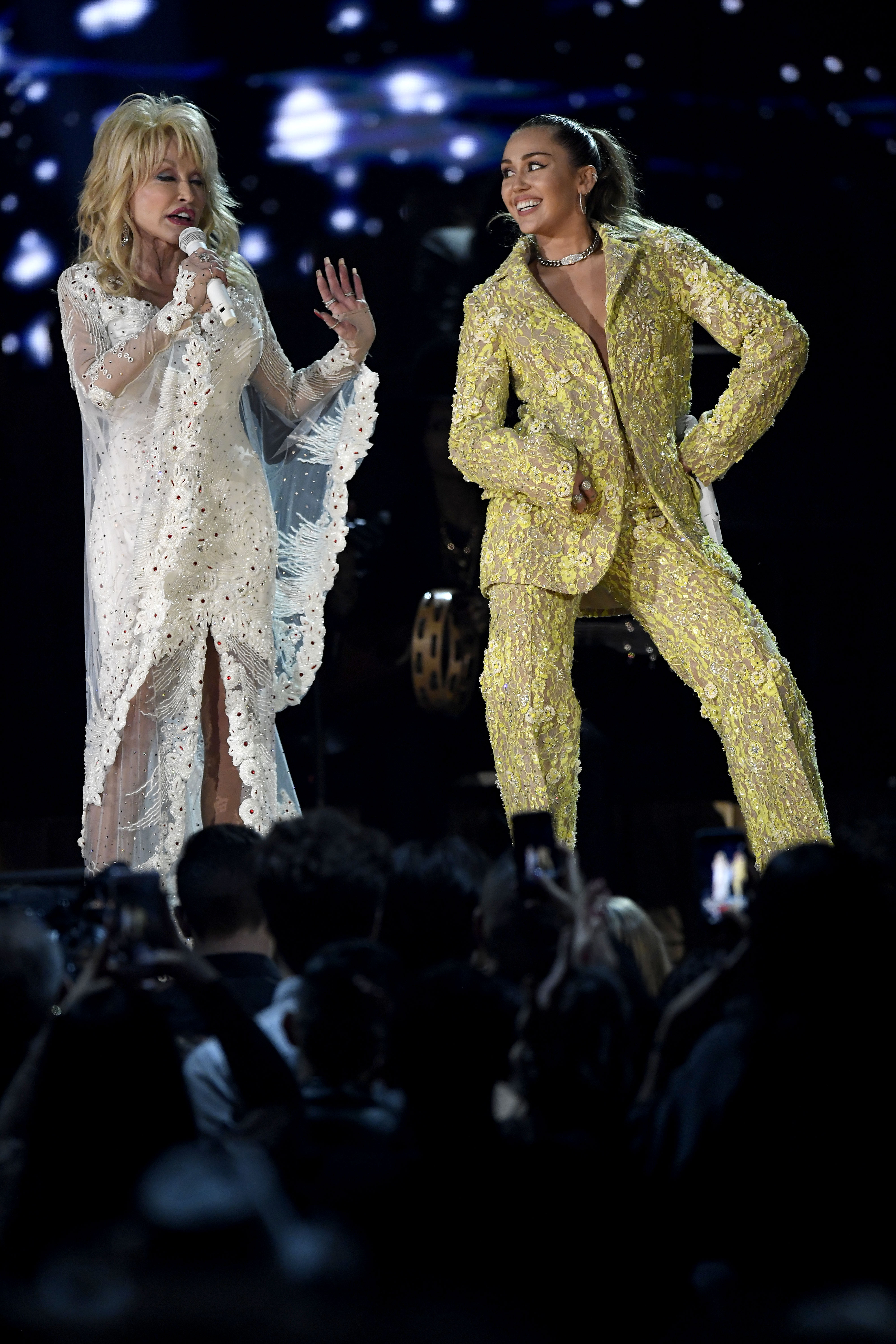 Dolly Parton Rocks The Grammys In Special Performance With Miley Cyrus Katy Perry And Maren Morris Access
