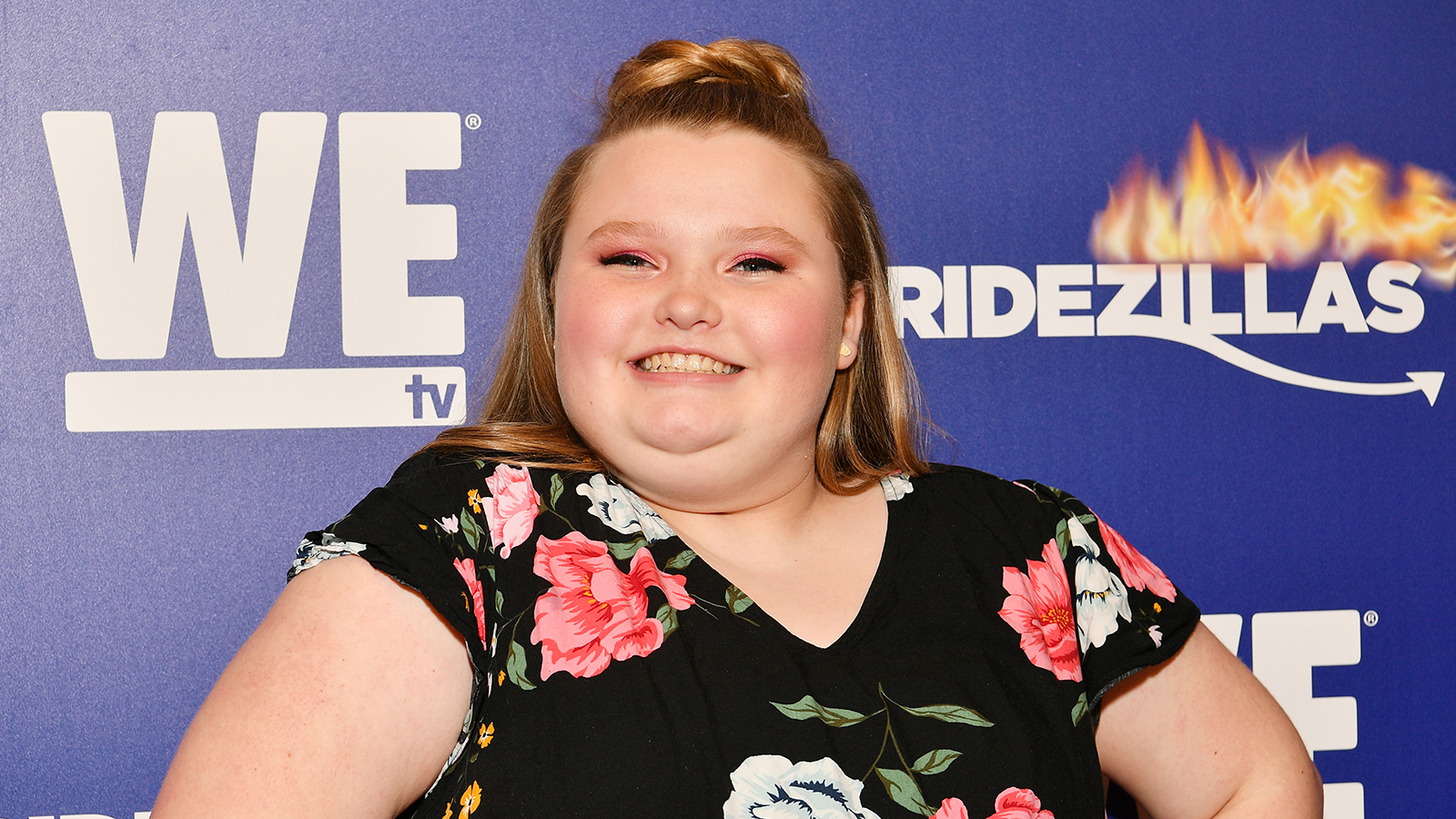 The 14-year old daughter of father (?) and mother(?) Honey Boo Boo in 2020 photo. Honey Boo Boo earned a million dollar salary - leaving the net worth at million in 2020
