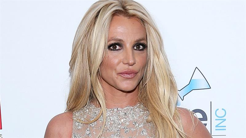 Britney Spears Dances With A Fake Snake What Does It Mean