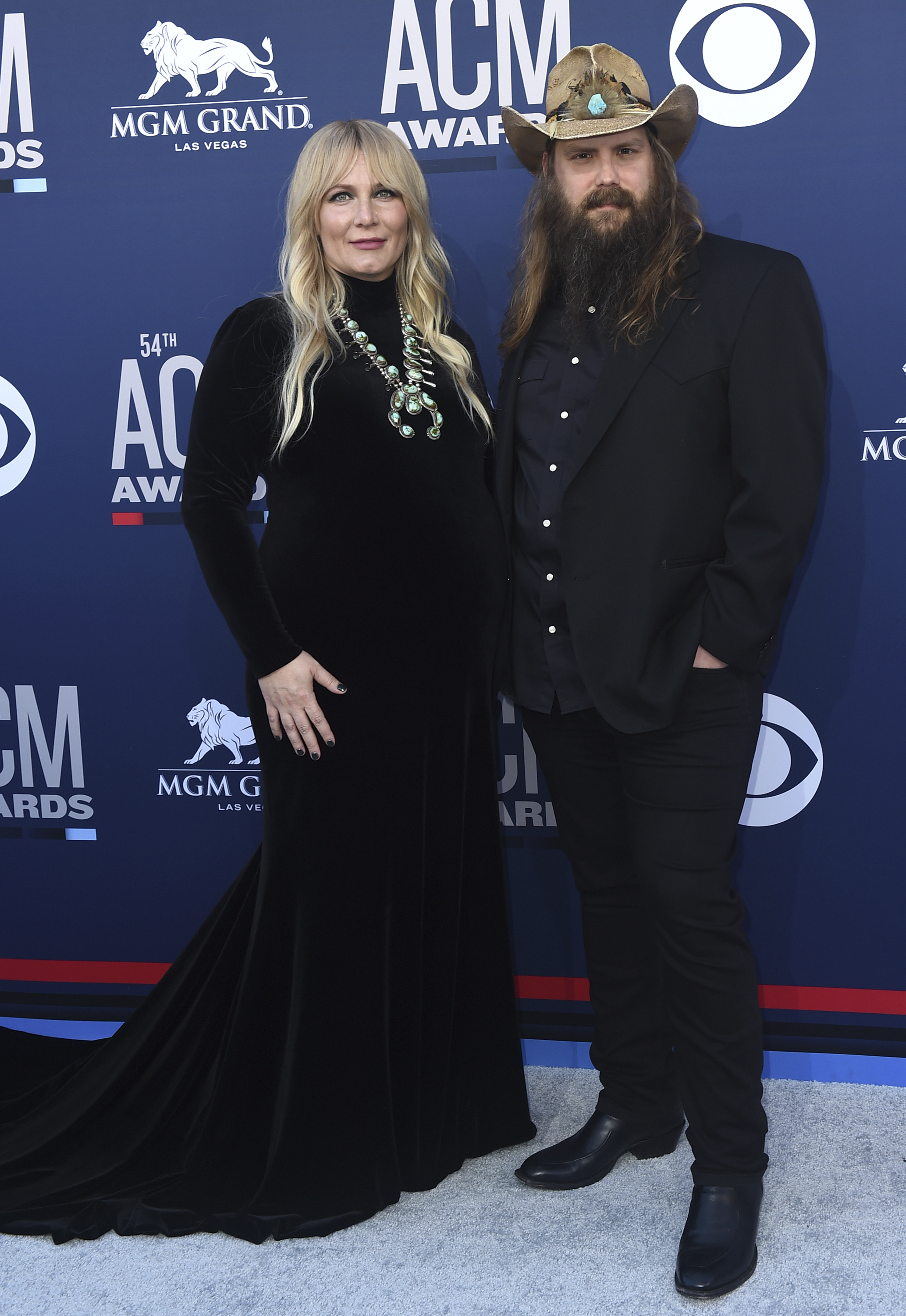 Chris Stapleton S Pregnant Wife Morgane Wows Onstage At