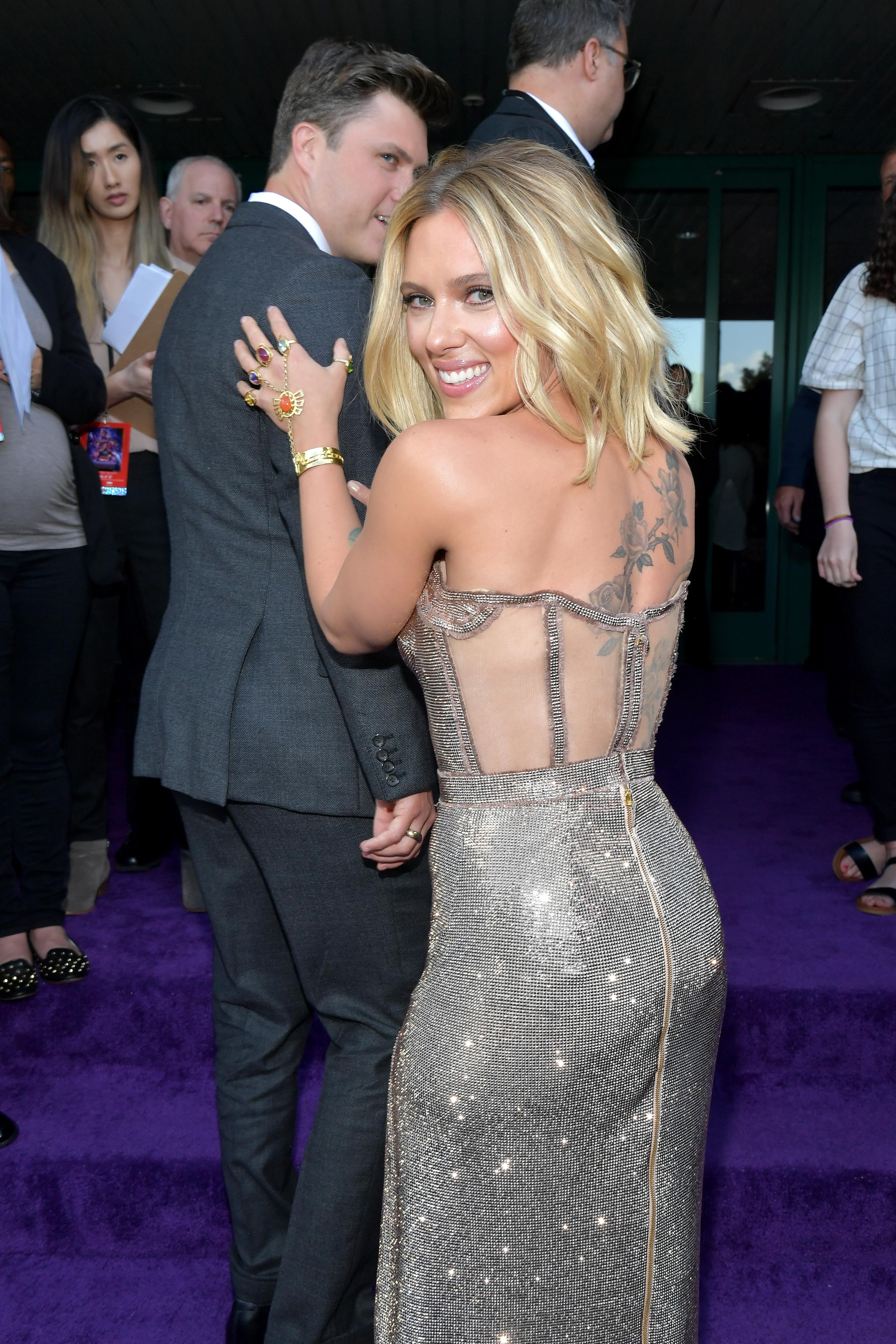 Scarlett Johansson Got Touchy Feely With Boyfriend Colin Jost At
