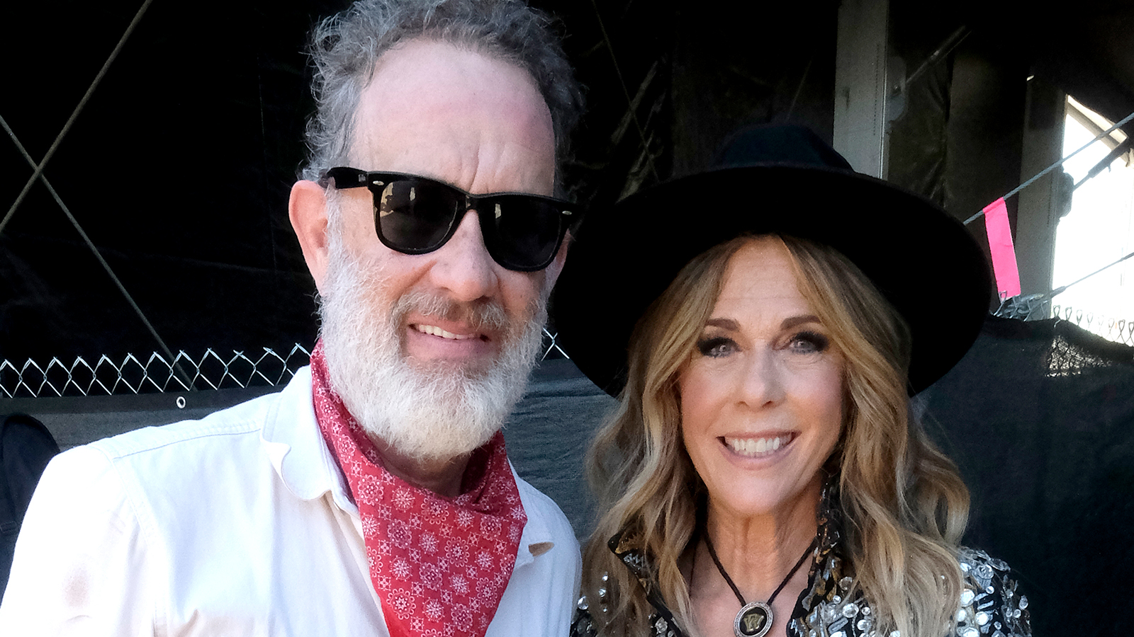 7bfc0f2070 Tom Hanks Embraced His Country Side For Wife Rita Wilson s Stagecoach  Performance