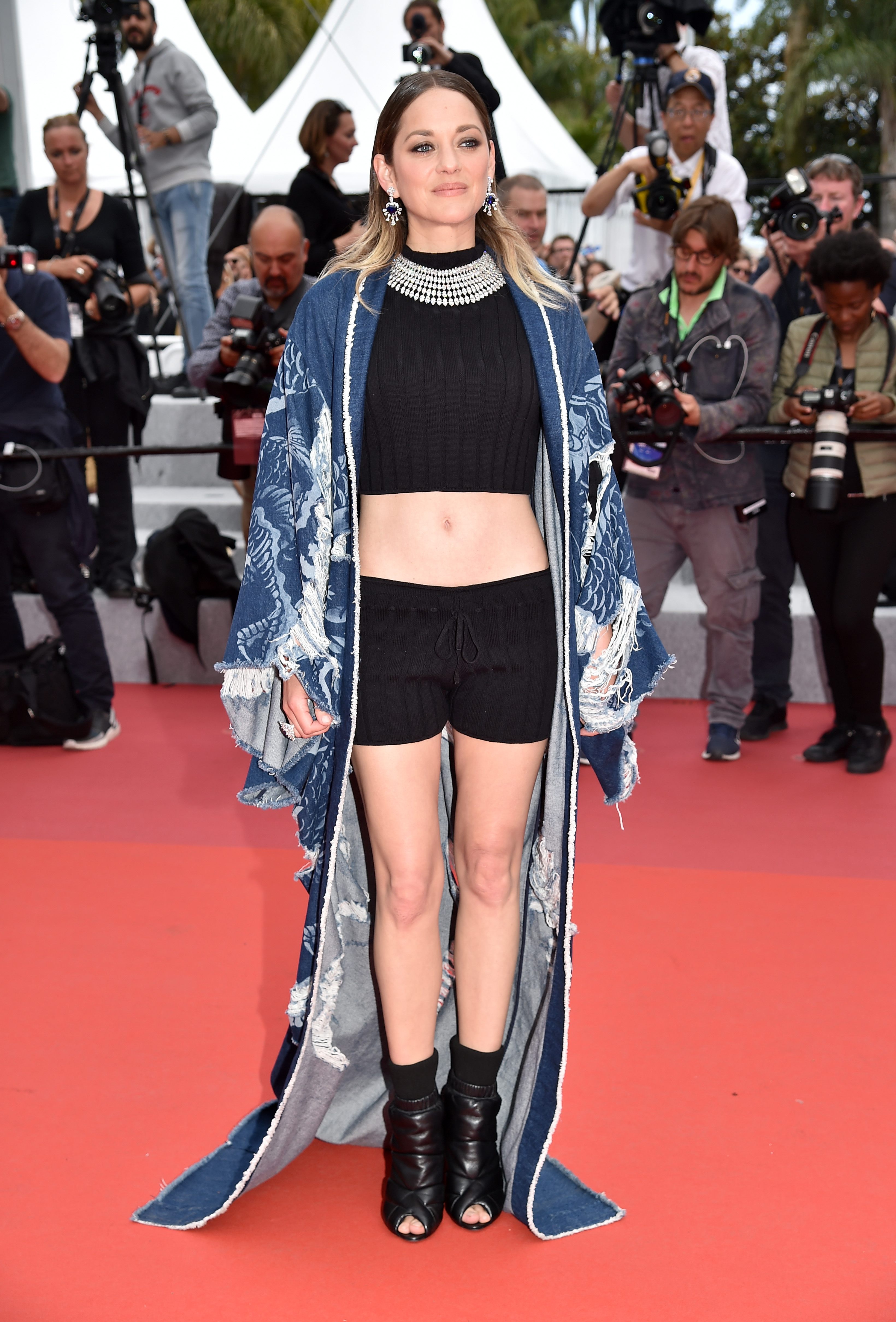 Marion Cotillard Goes Shockingly Casual At The Cannes Film