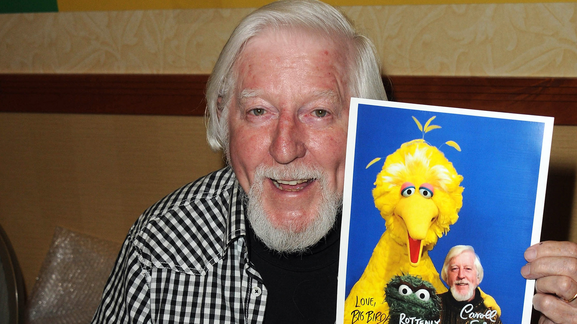 Caroll Spinney Puppeteer And Voice Of Sesame Street S Big