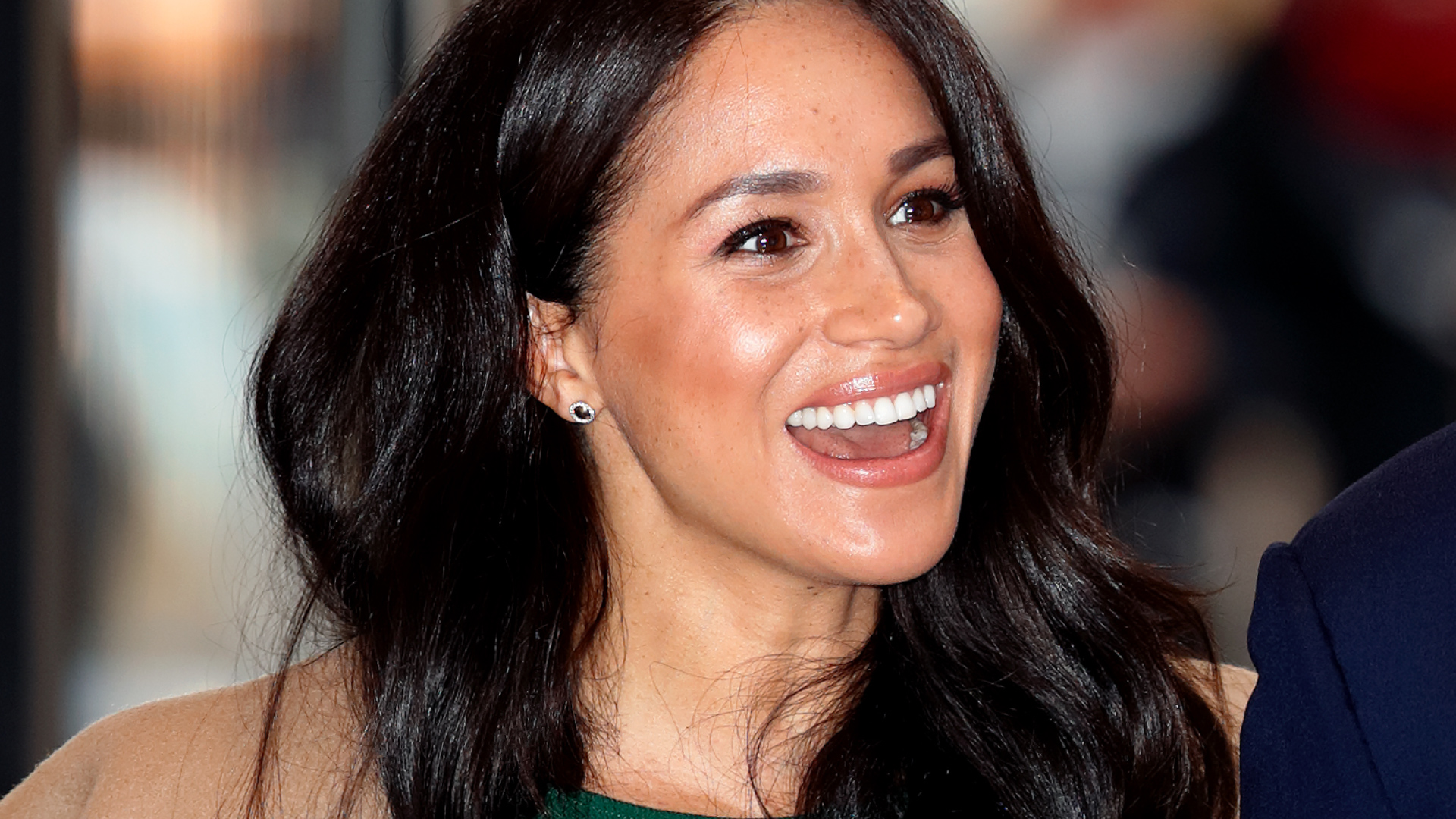 Meghan Markle Spotted Smiling In First London Sighting Since Royal ...
