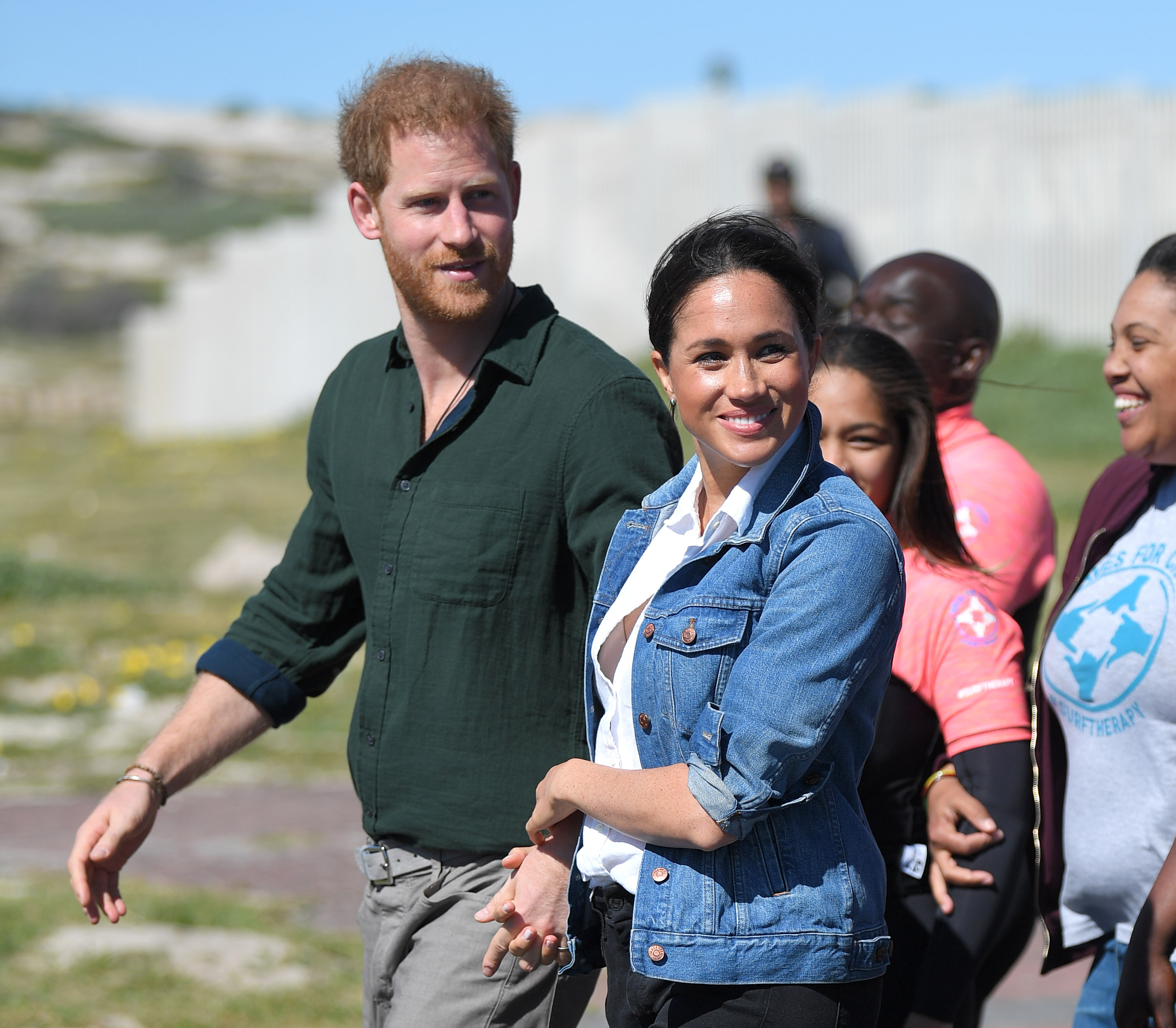 Meghan Markle & Prince Harry Are 'Extremely Happy' In Los