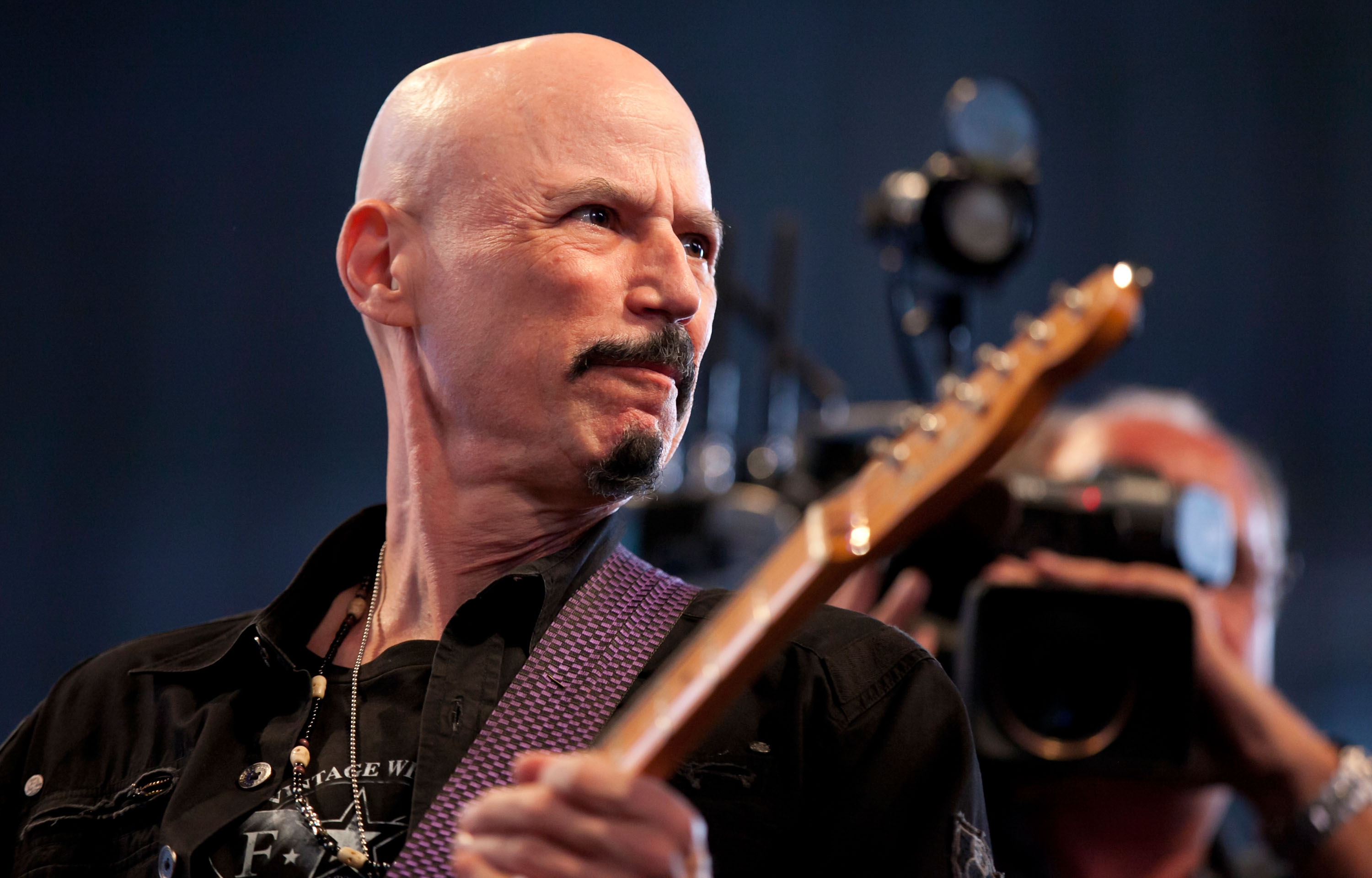 Bob Kulick, Kiss guitarist and Spongebob songwriter, dies at 70