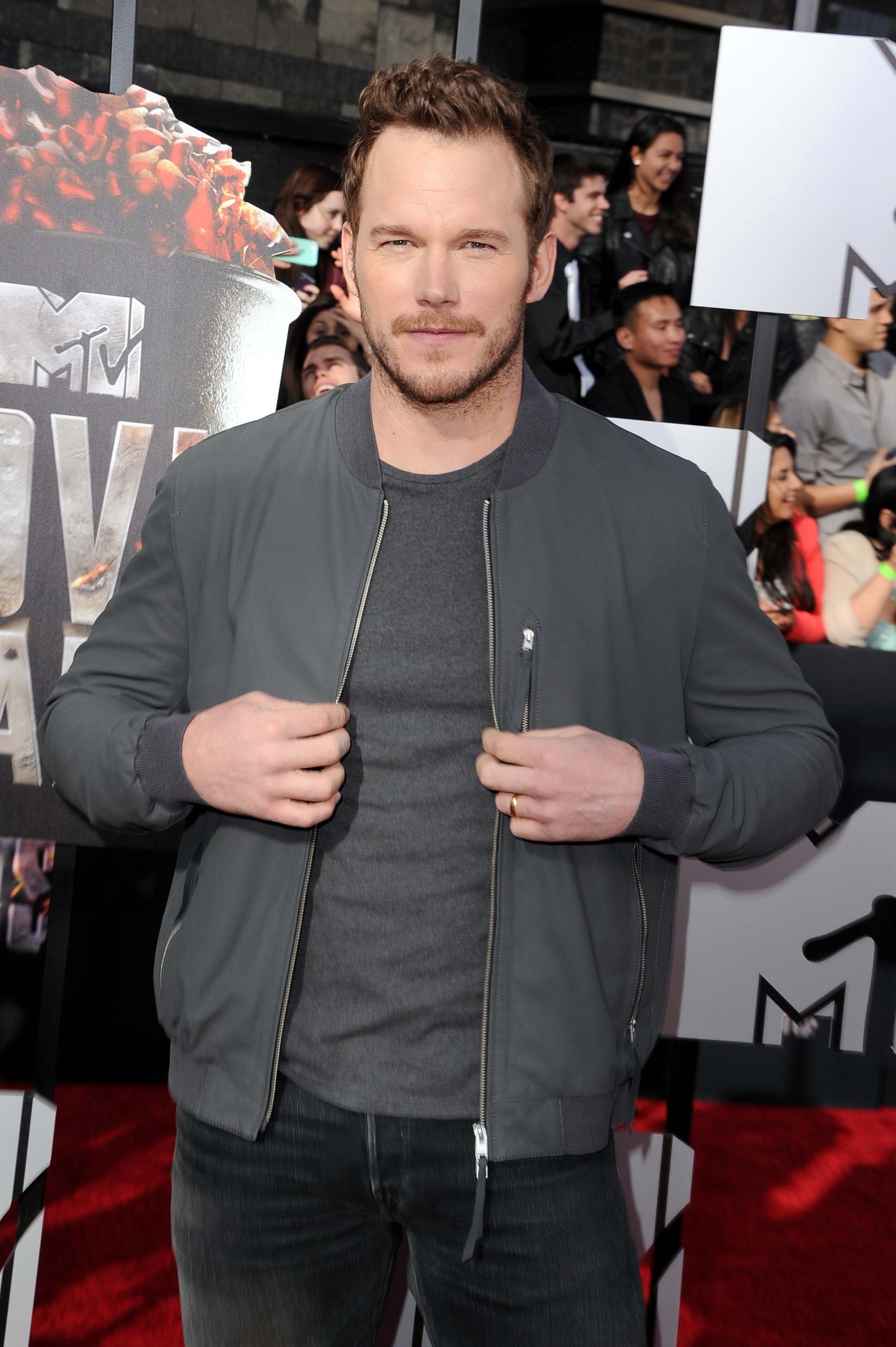 Chris-Pratt-attends-the-2014-MTV-Movie-Awards-at-Nokia-Theatre-L.A.-Live-on-April-13-2014-in-Los-Angeles