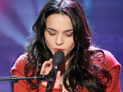 Norah Jones Comes Of Age | Access Online