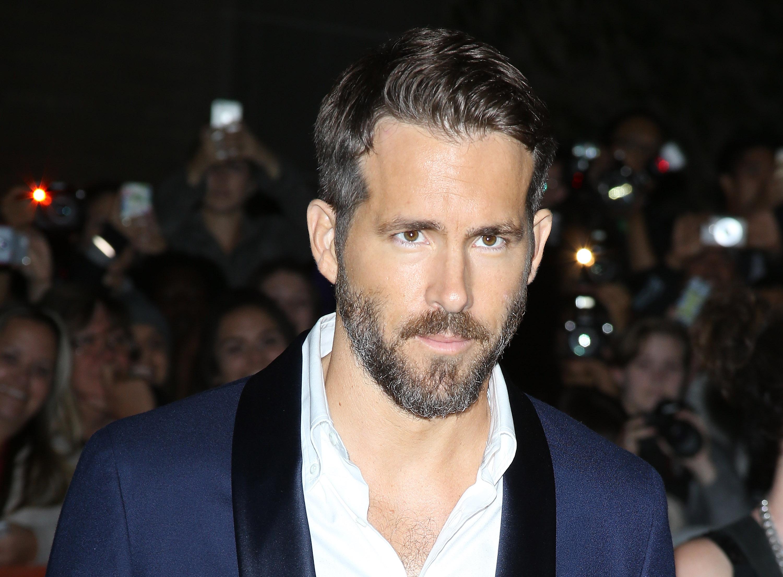 Ryan Reynolds Joins Instagram: See His Deadpool Pic