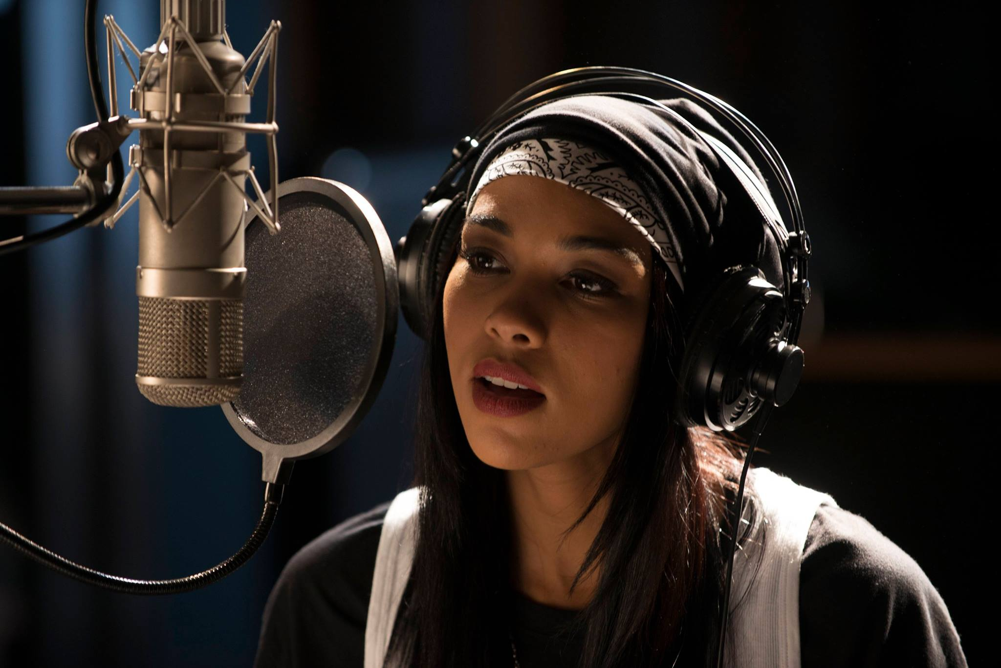 Aaliyah The Princess Of R B Trailer Debuts Without Any Of Late Singer S Music Access Online