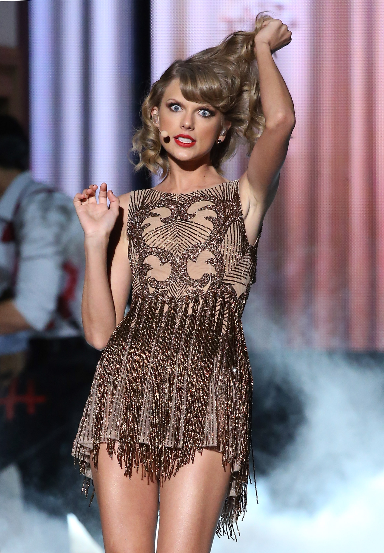 Taylor Swift Boob Job Riddle