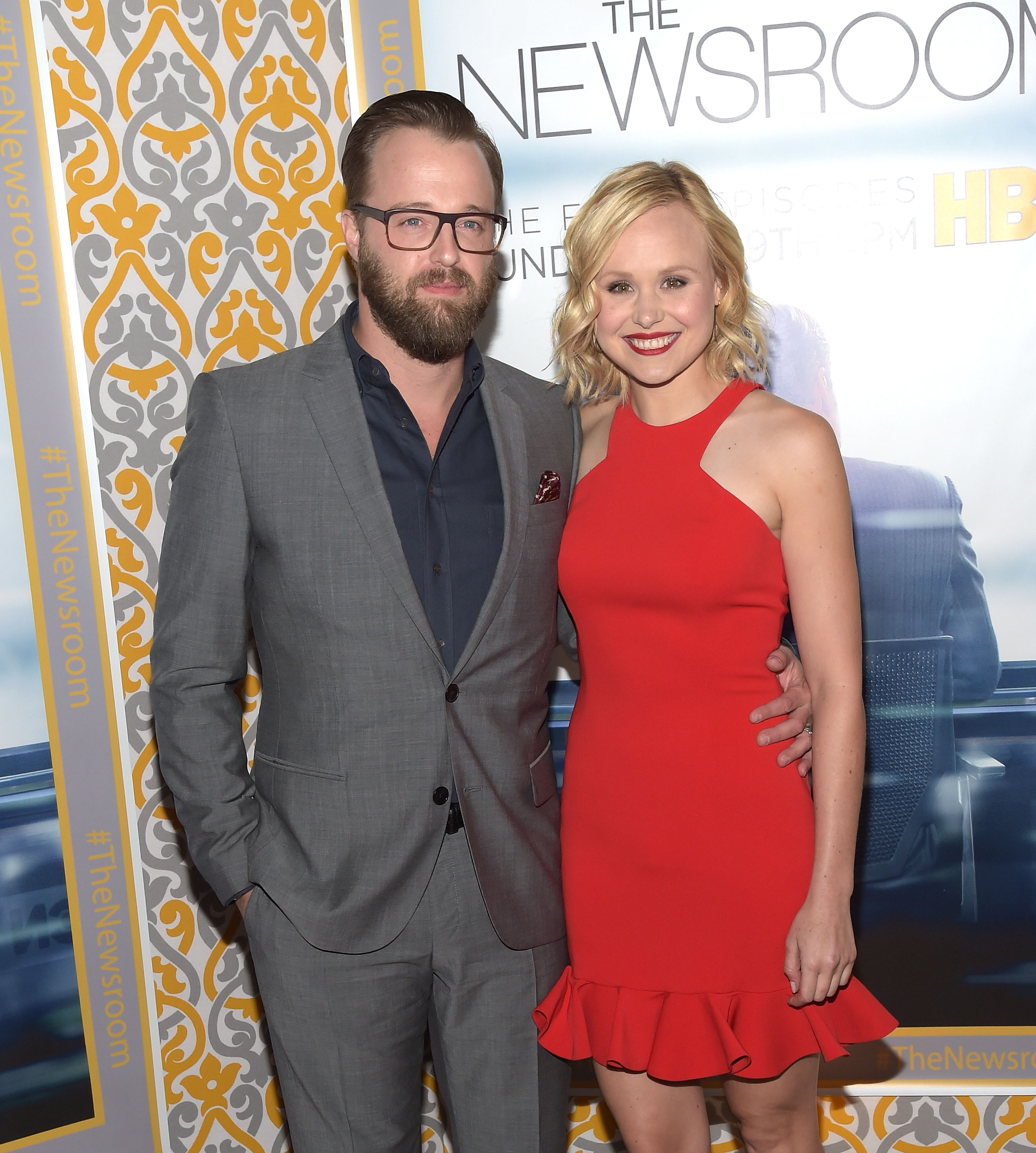 Alison Pill Hot the newsroom's' alison pill gets engaged (photo) | access online