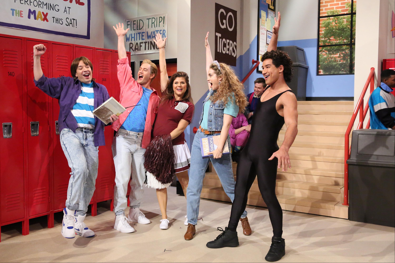 Jimmy Fallon, Mark-Paul Gosselaar, Tiffani-Amber Thiessen, Elizabeth Berkley and Mario Lopez
