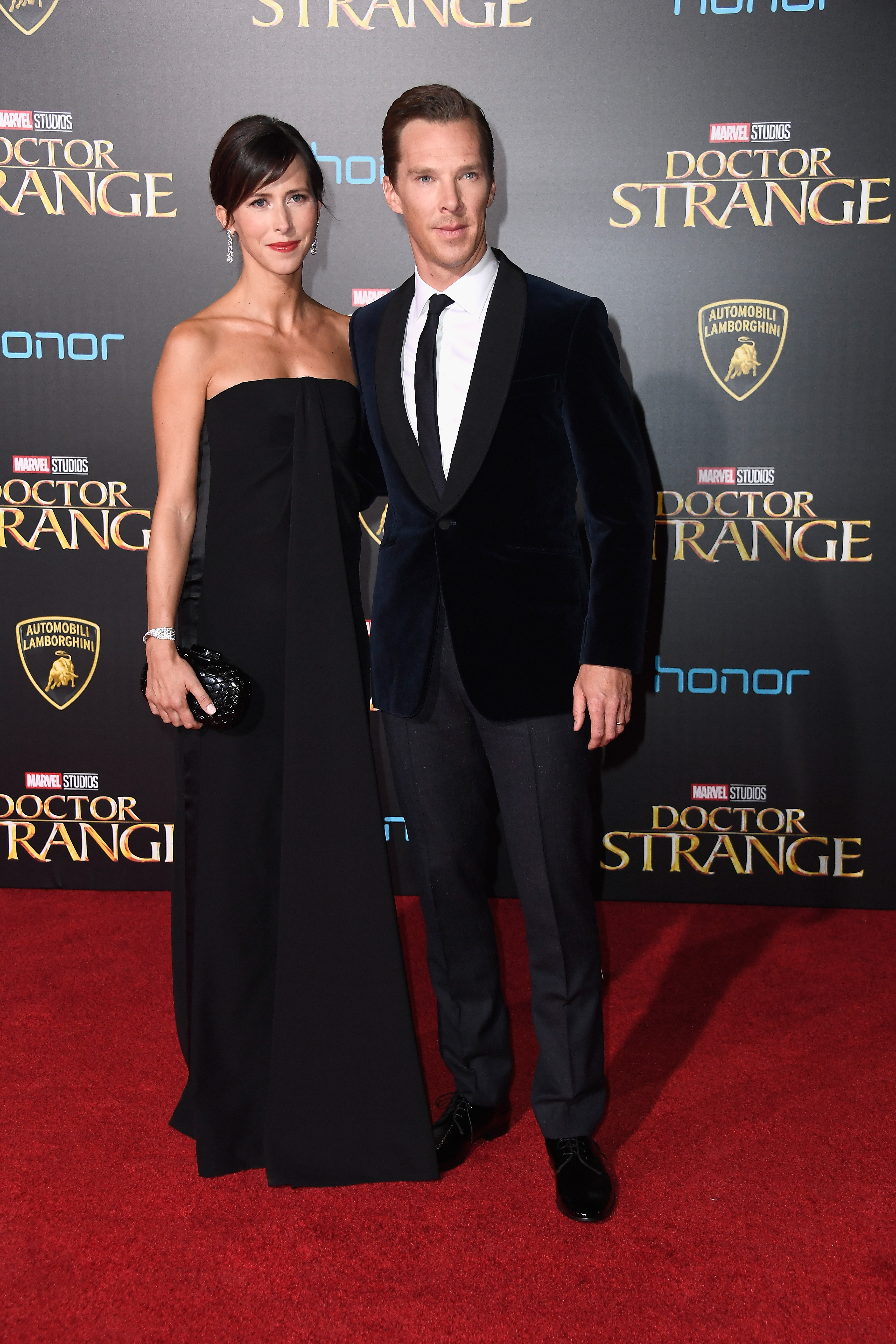 Benedict-Cumberbatch-and-wife-Sophie-Hunter-Premiere-Of-Disney-And-Marvel-Studios-Doctor-Strange-on-October-20-2016-in-Hollywood