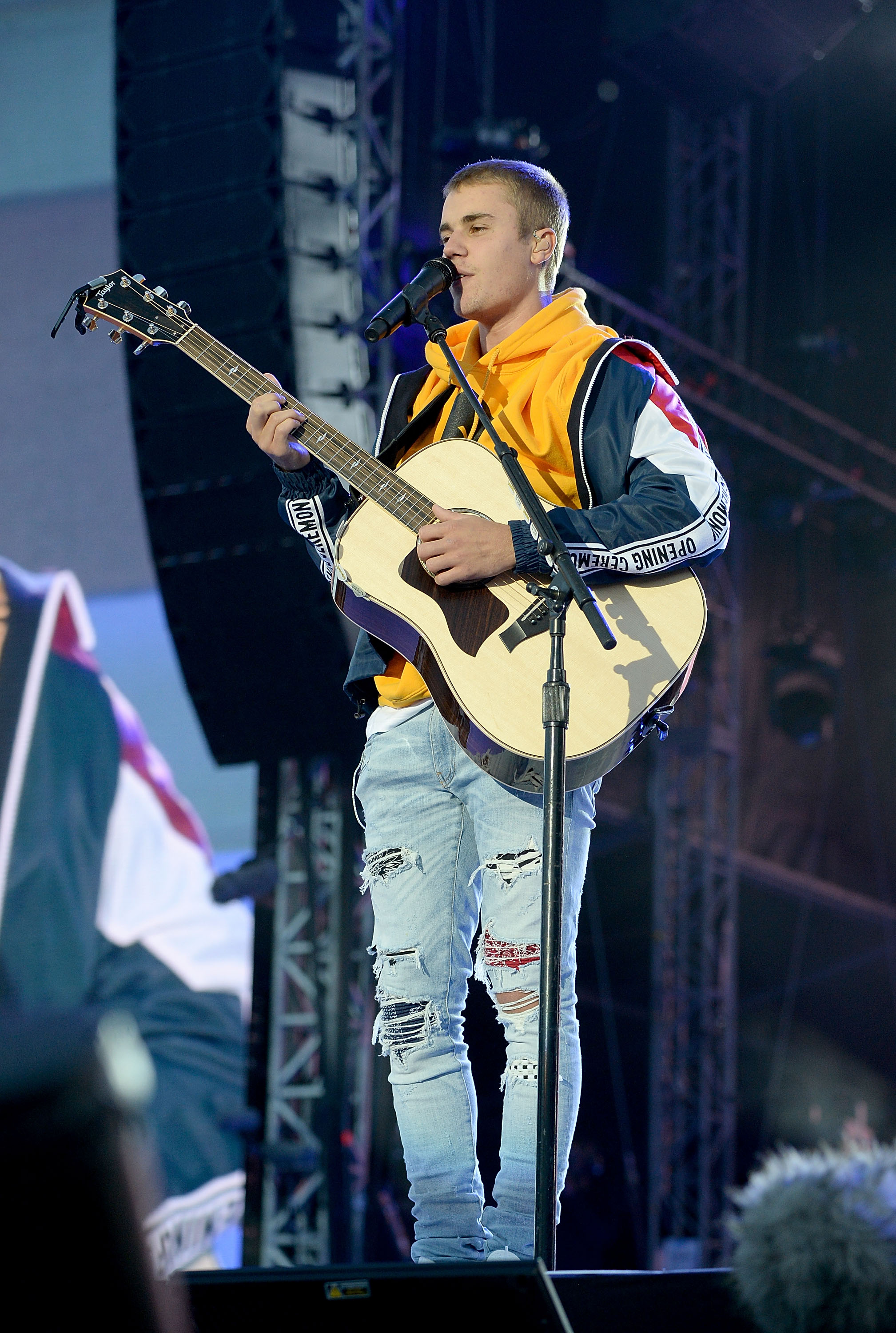 Justin-Bieber-performs-on-stage-during-the-One-Love-Manchester-benefit-concert-at-Old-Trafford-on-June-4-2017-in-Manchester-England