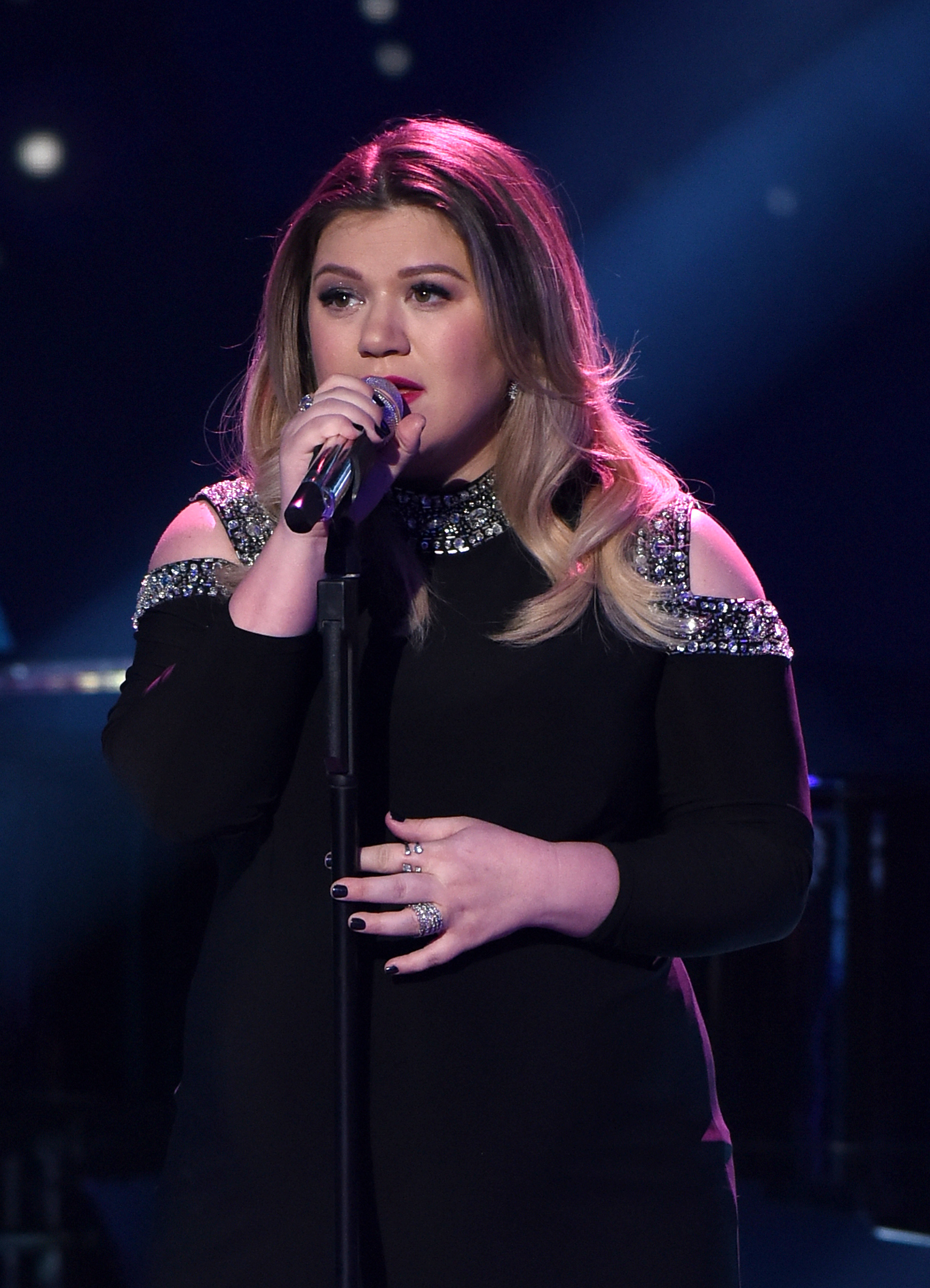 Kelly Clarkson Through The Years | Access Online