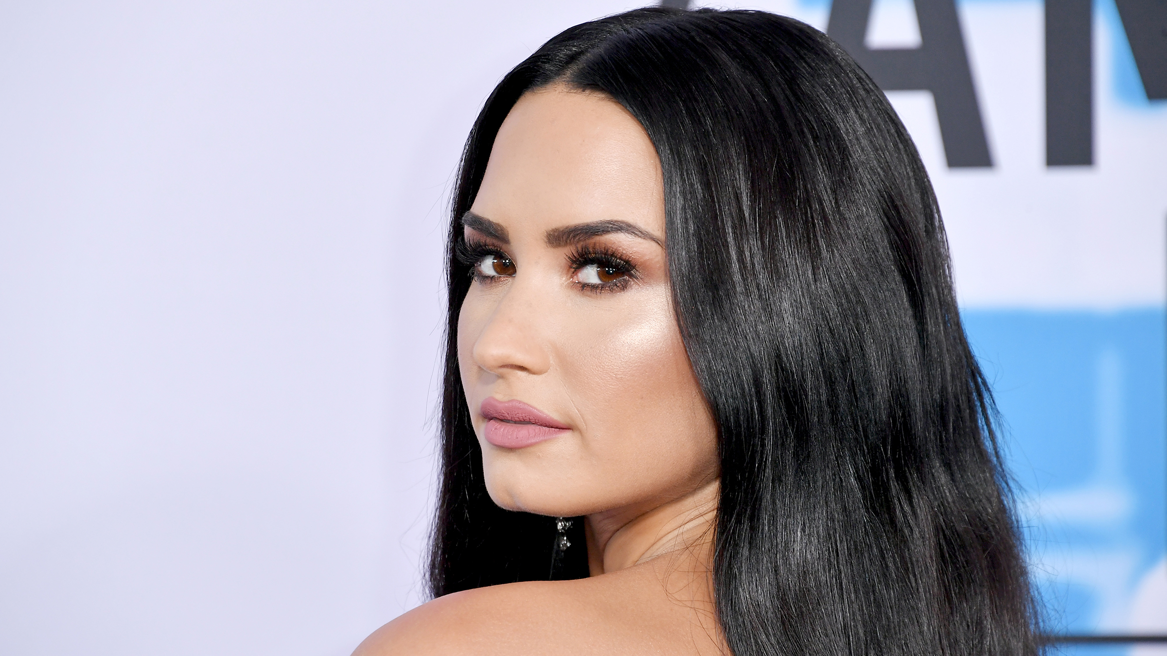 Demi Lovato attends the 2017 American Music Awards at Microsoft Theater on November 19, 2017 in Los Angeles, California. (Photo by Neilson Barnard/Getty Images)