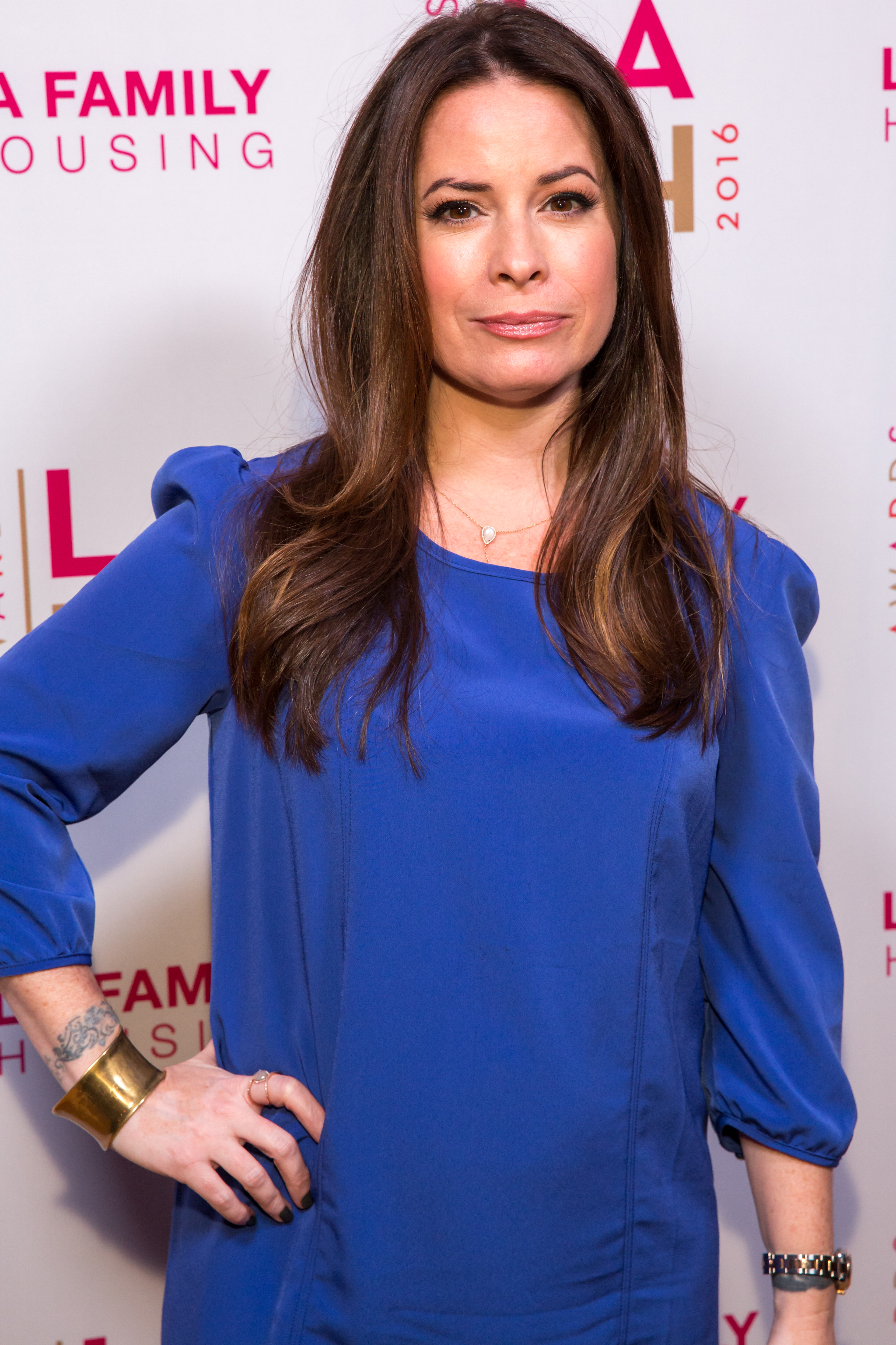 Holly Marie Combs Is Not Happy About The Charmed Reboot