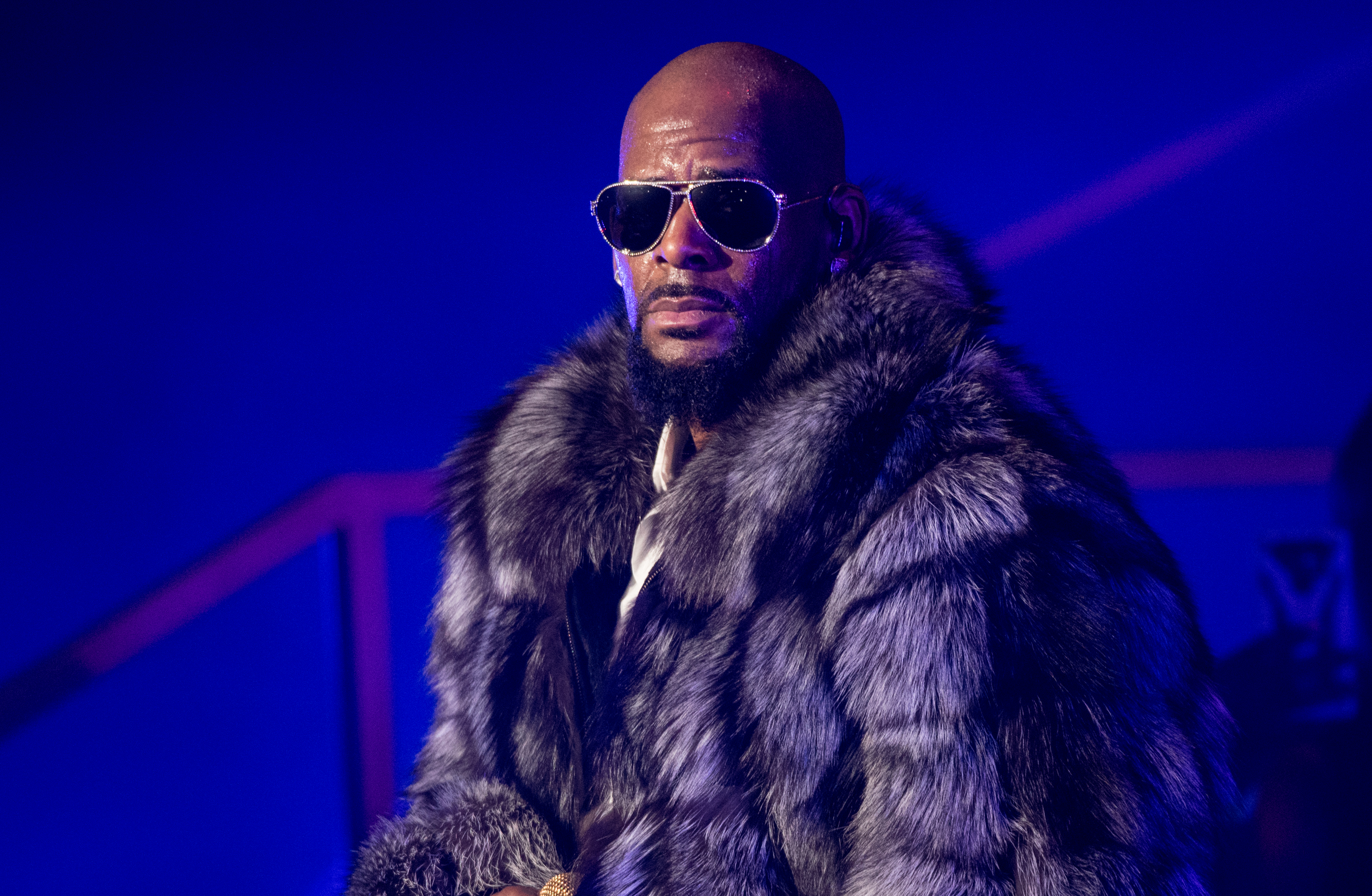R.-Kelly-Has-Been-Evicted-From-Two-Atlanta-Homes-Over-30K-In-Unpaid-Rent