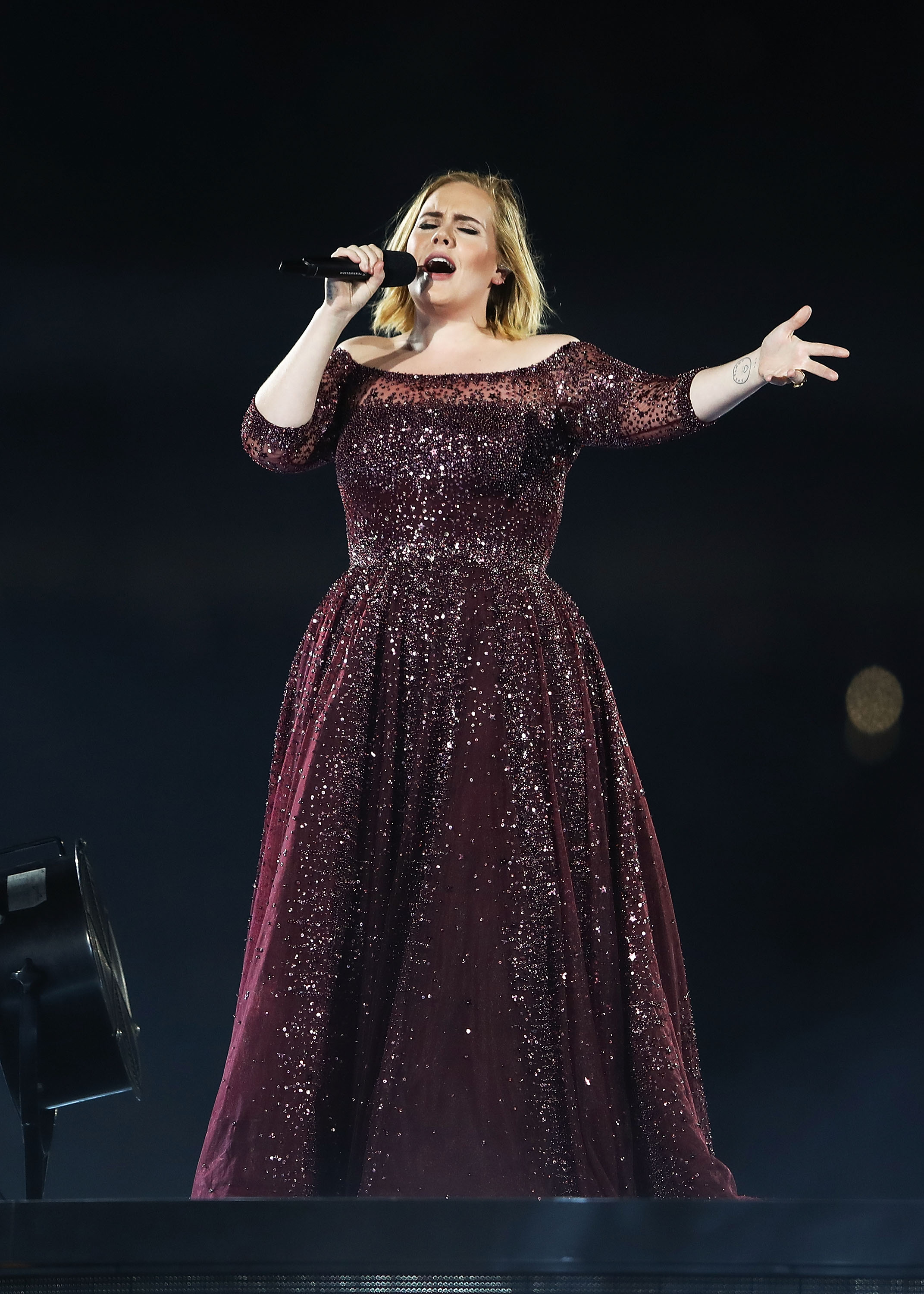 Adele-Hints-She-May-Never-Tour-Again-Its-Not-Something-Im-Good-At