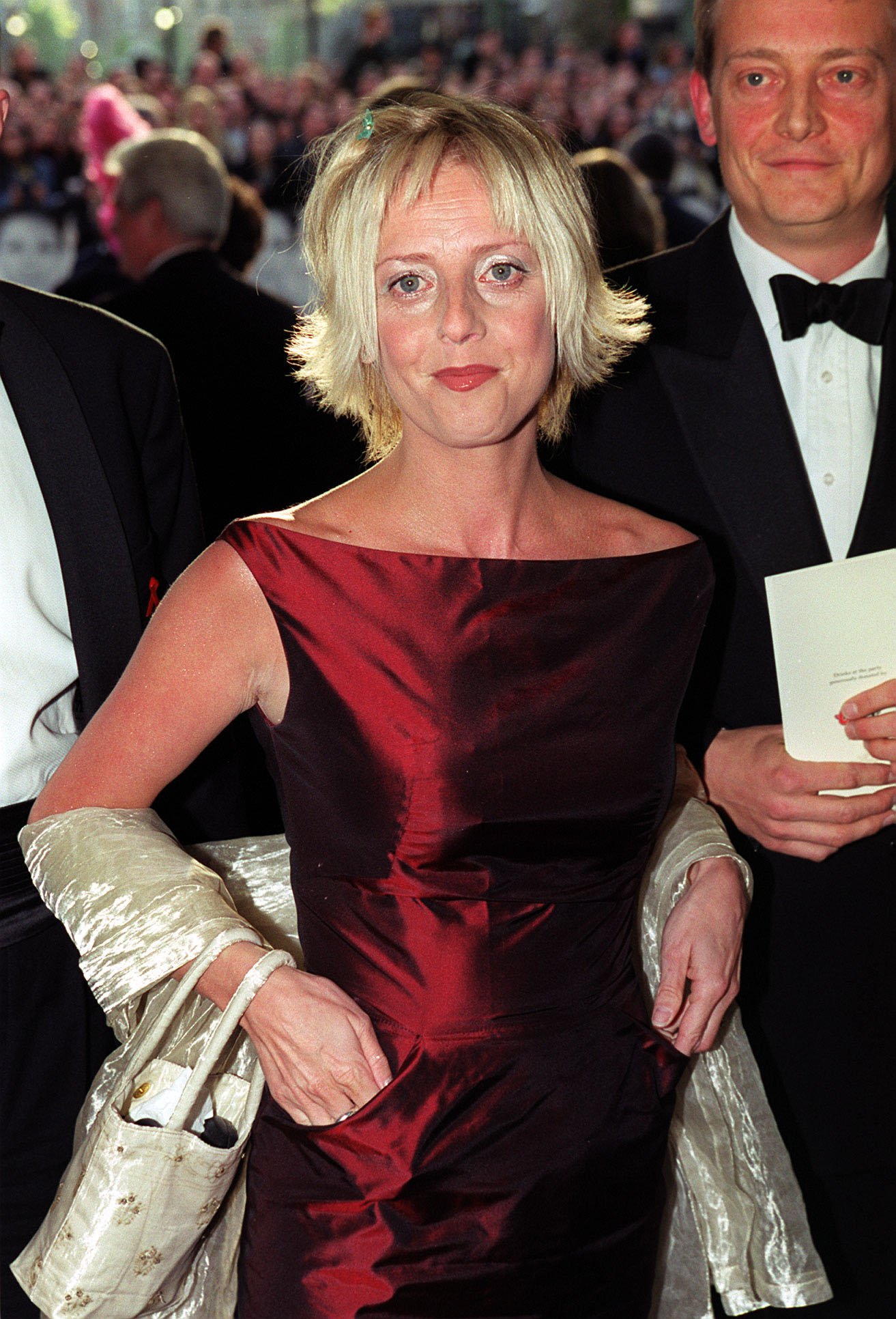 Notting-Hill-Star-Emma-Chambers-Dies-At-53-—-See-Hugh-Grant-More-Stars-Reactions