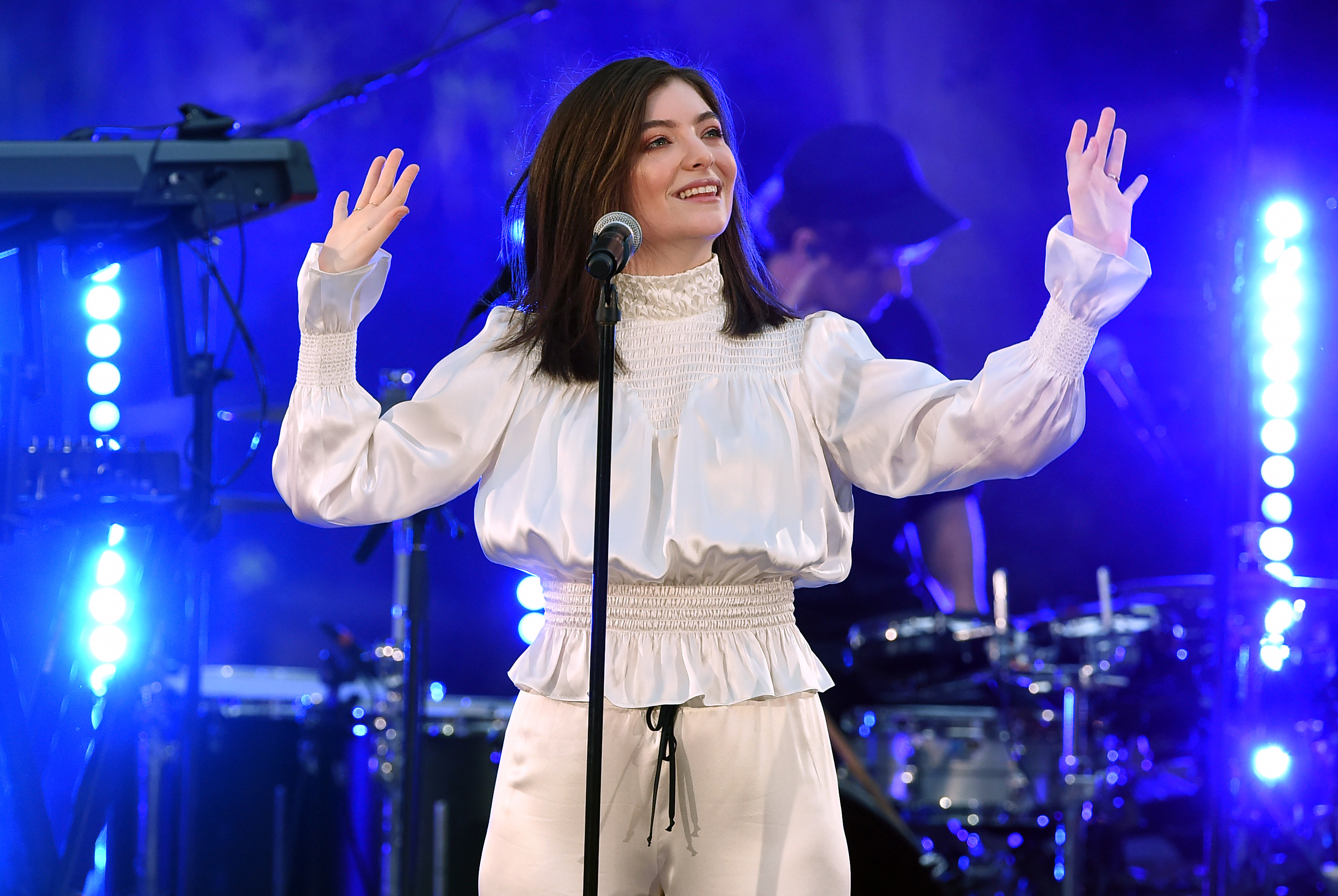 Lorde-Cancels-Concert-In-Israel-Scheduled-For-Next-Summer-After-Appeals-By-Pro-Palestinian-Activists