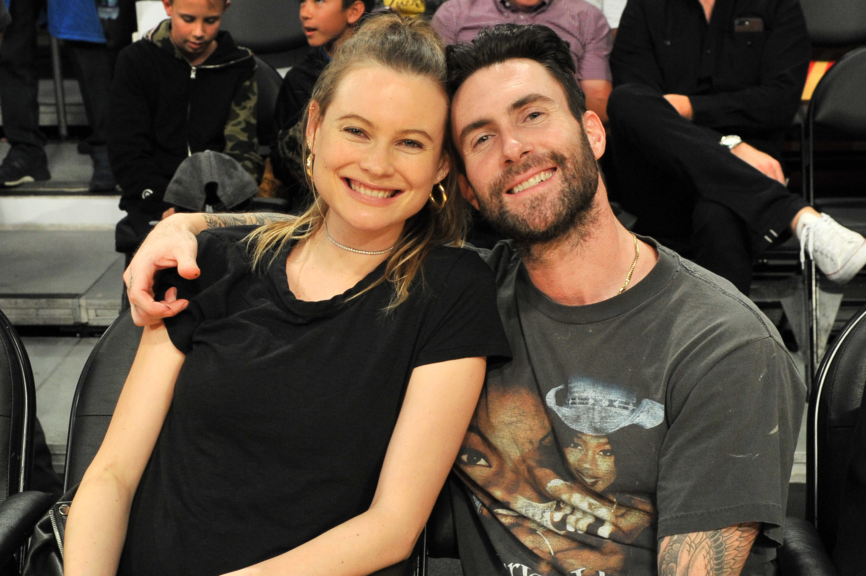Adam-Levine-Behati-Prinsloo-Have-A-Date-Night-At-The-Laker-Game