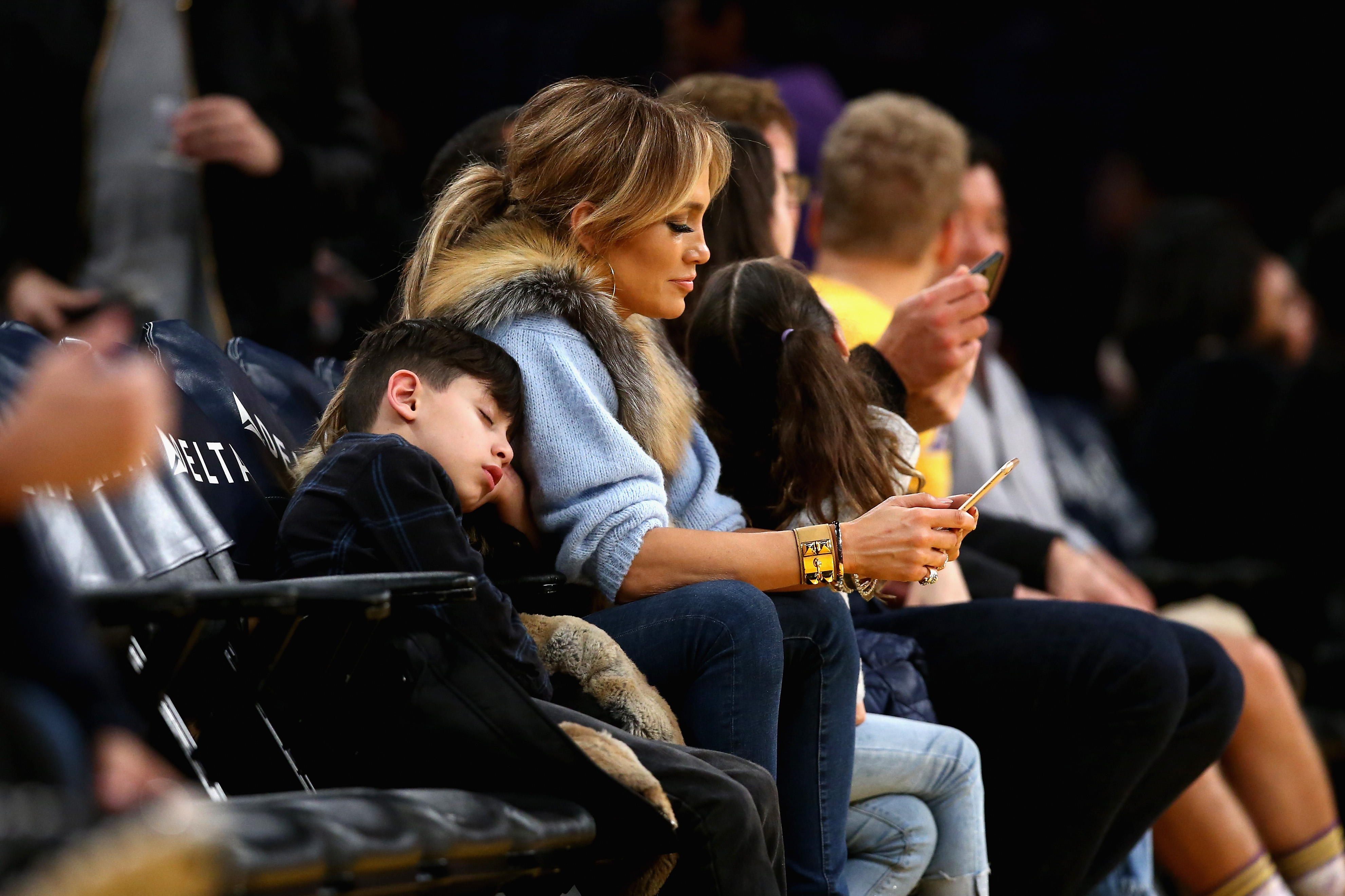 Jennifer Lopez hangs with her kiddos at the LA Lakers game