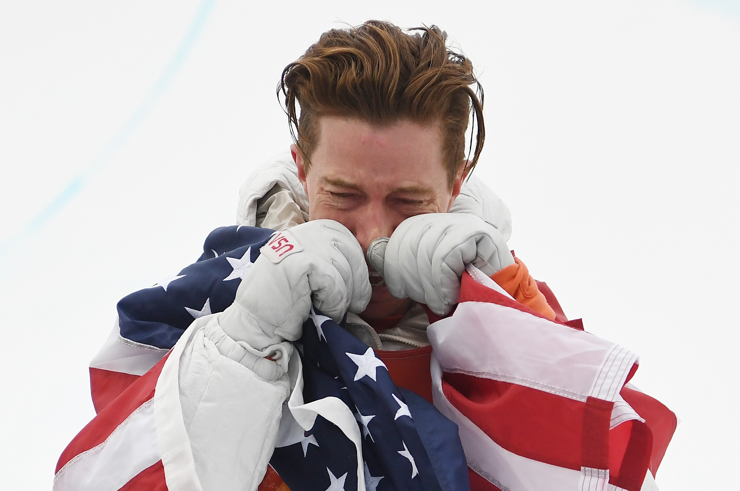 Shaun-White-Breaks-Down-In-Tears-As-He-Wins-Third-Gold-Medal-In-Mens-Halfpipe-At-2018-Winter-Olympics