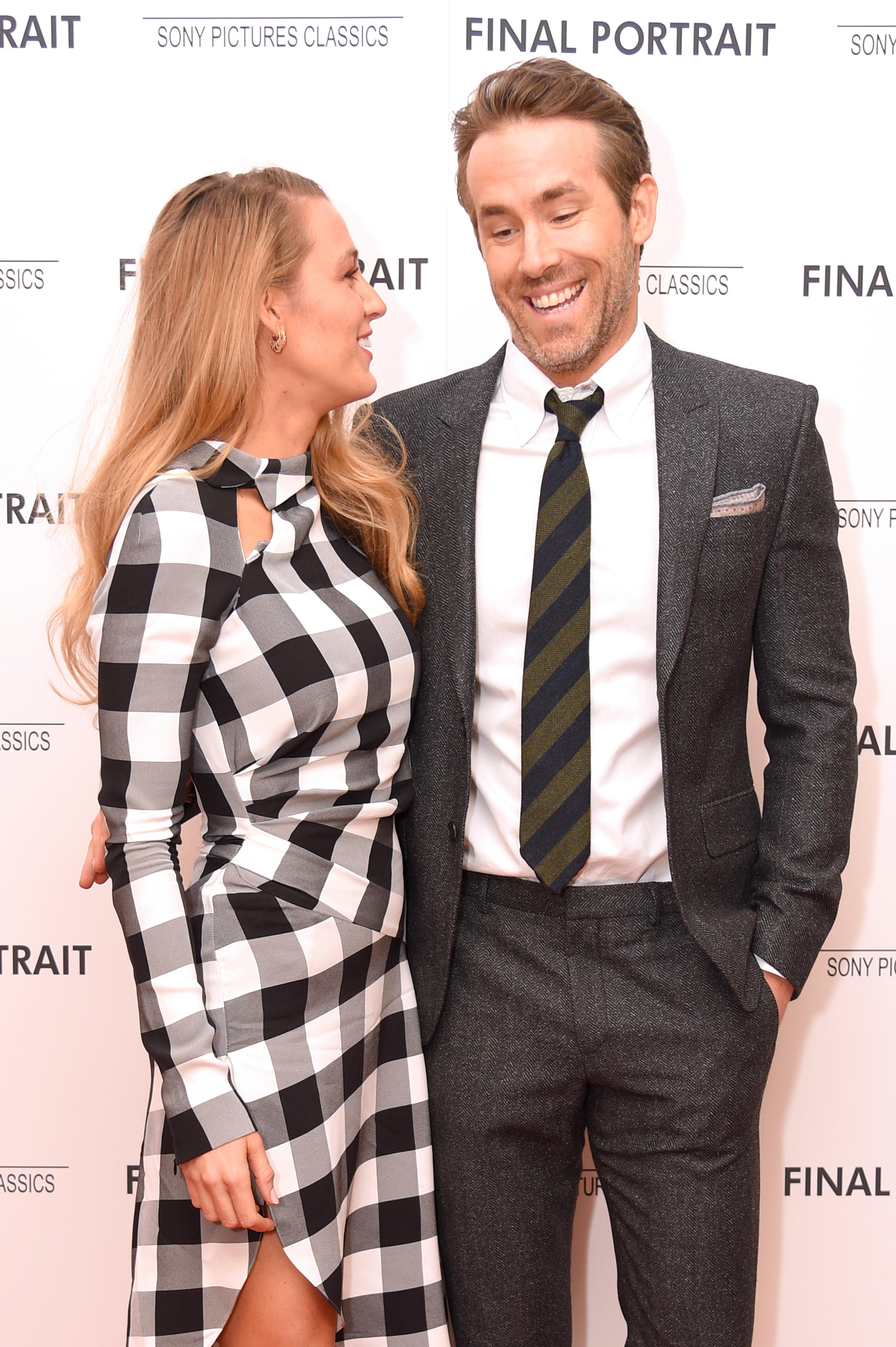 Blake Lively Trolls Ryan Reynolds With Romantic Red Carpet ...