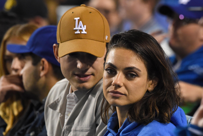 Ashton-Kutcher-Mila-Kunis-Cuddle-Up-At-A-Los-Angeles-Dodgers-Game